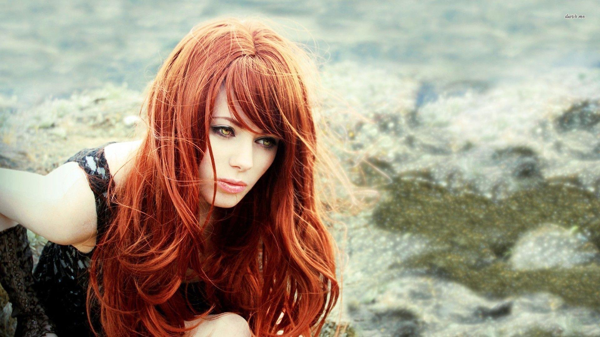 Wallpaper Redhead