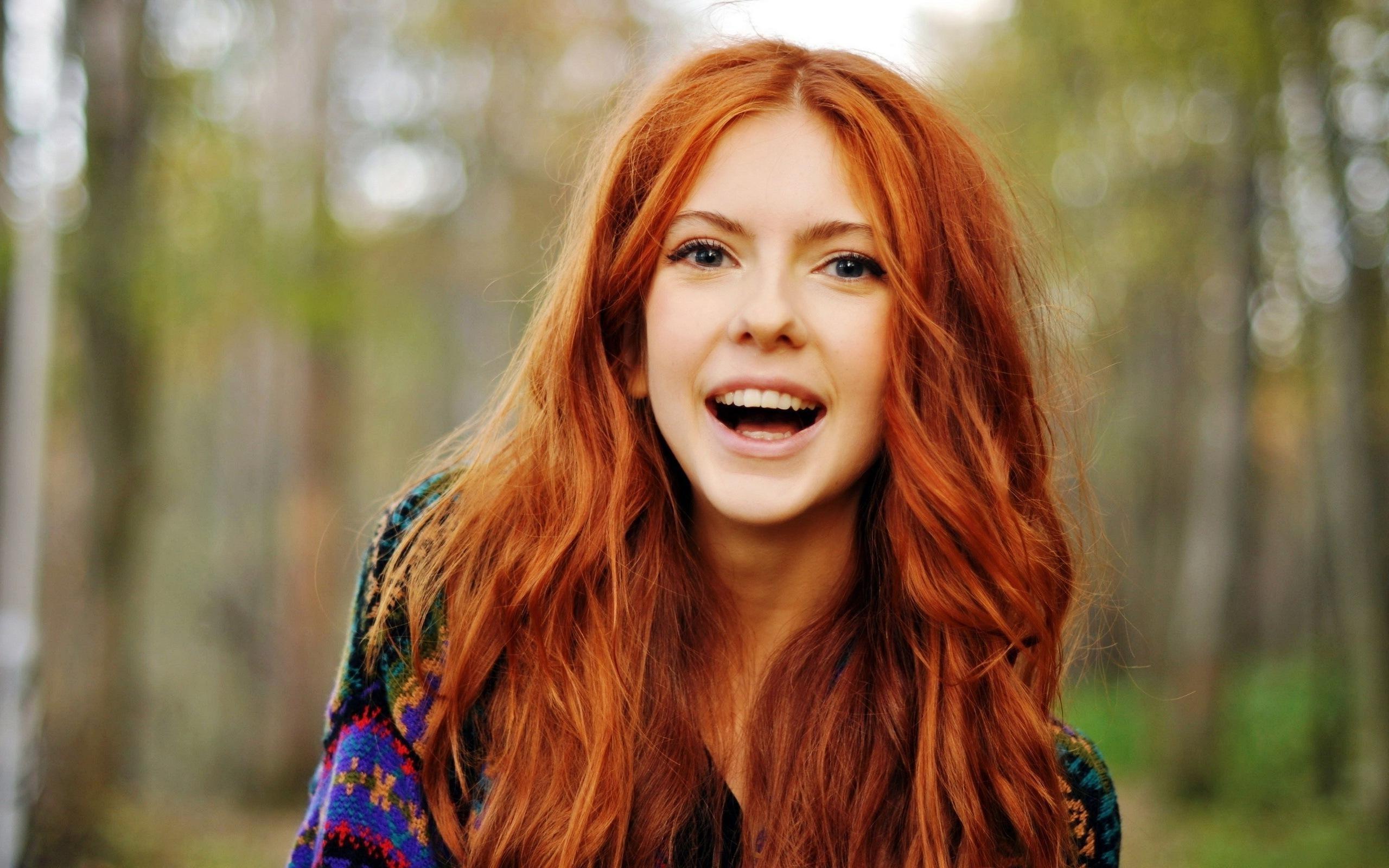 super redhead girl wallpaper