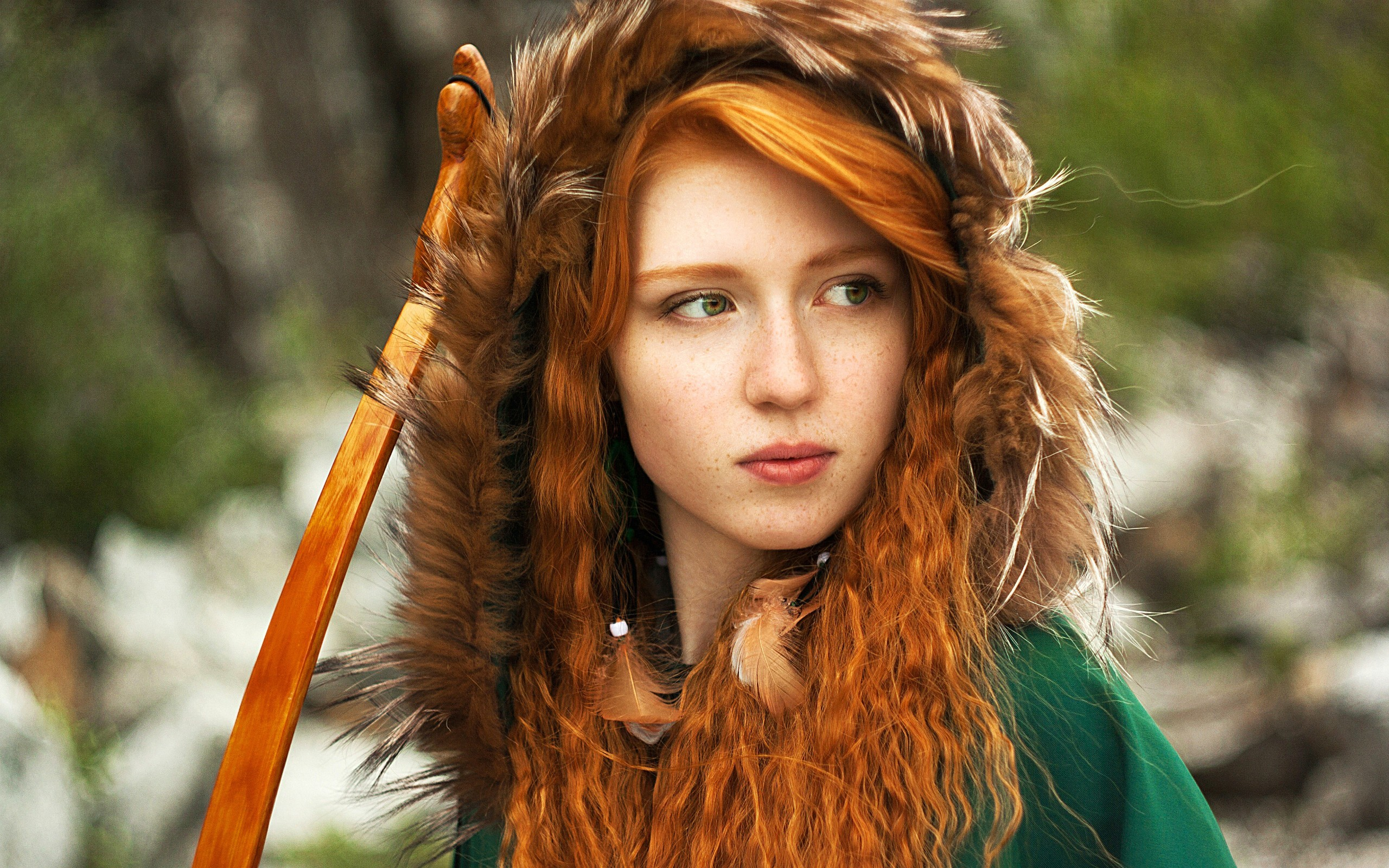 women cosplay redheads Brave faces bow (weapon) Russian Katya Severnay /  Wallpaper