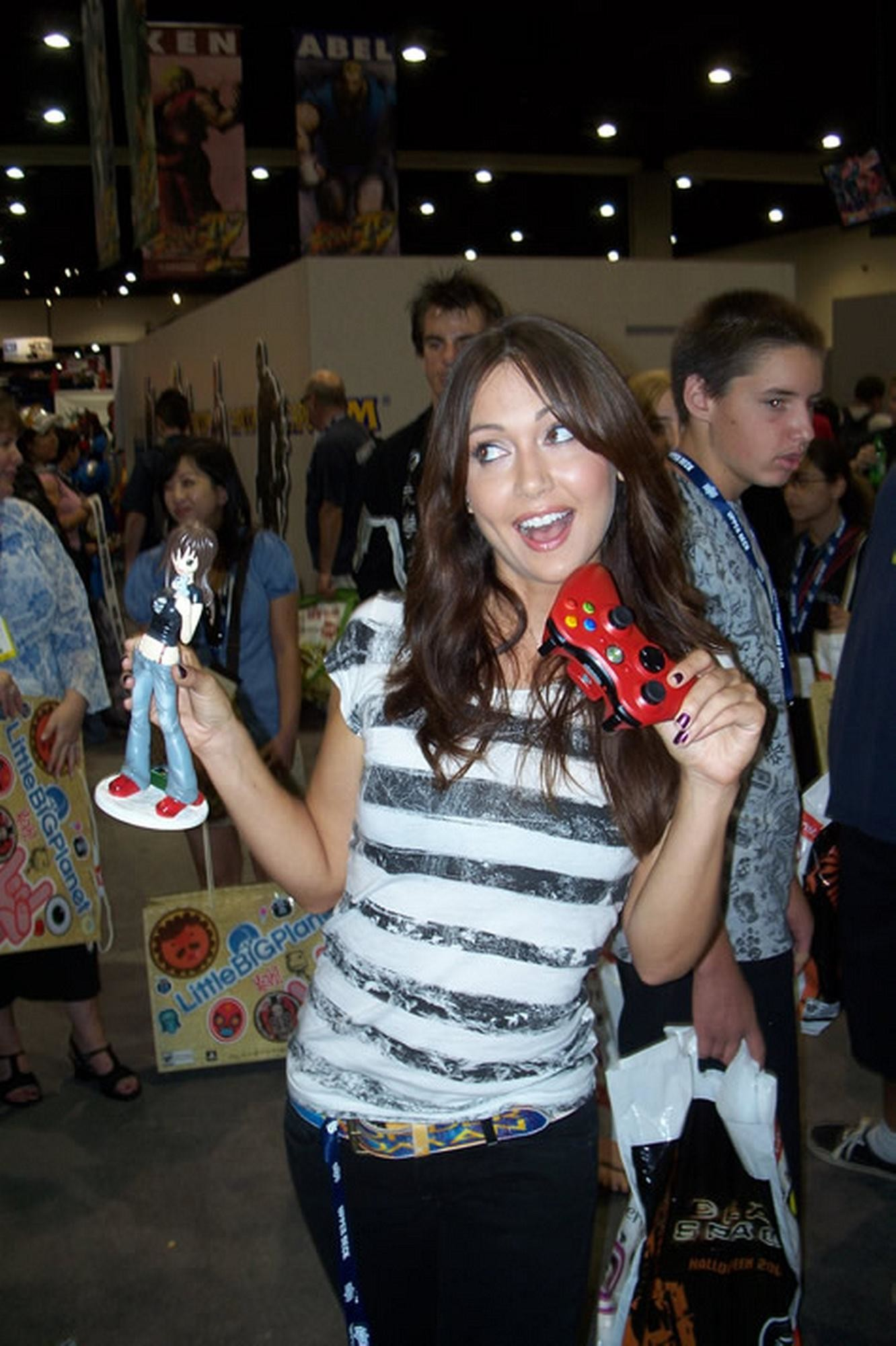 Jessica Chobot images Jessica Chobot HD wallpaper and background photos