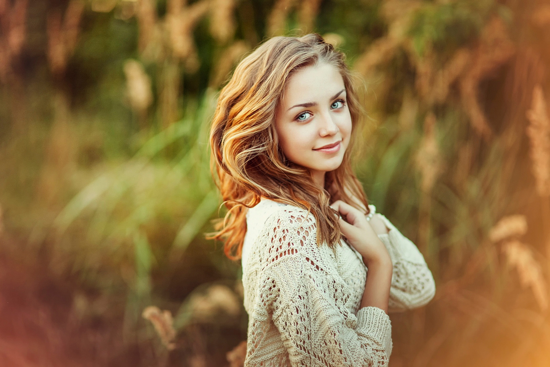 Wallpaper girl, teen, cute smile, bokeh wallpapers miscellanea .