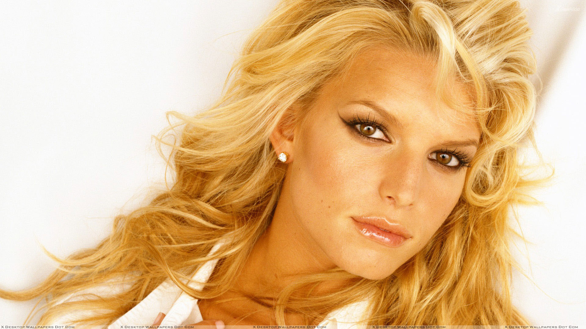 Featured Wallpapers. Jessica Simpson …