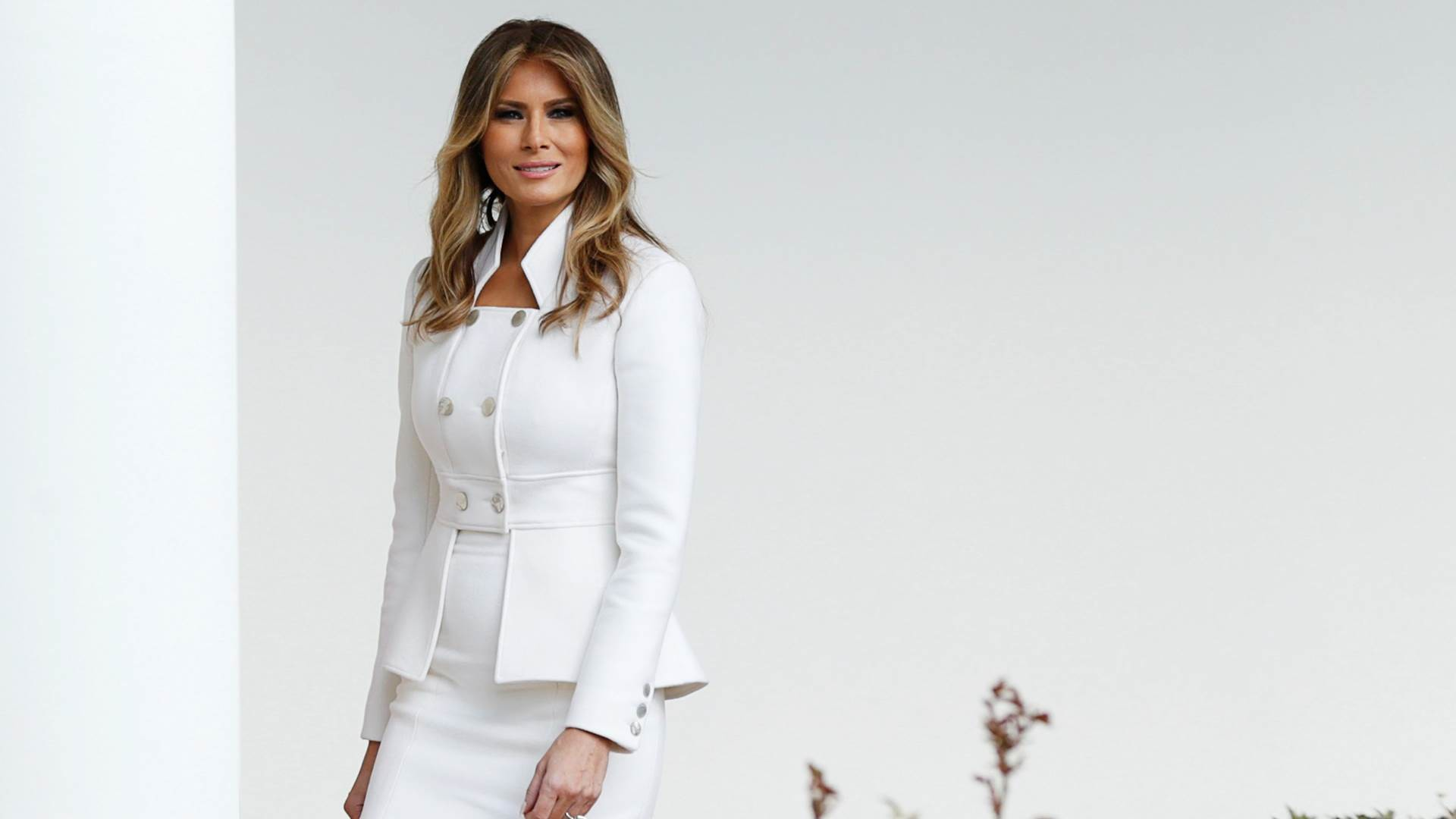 See Melania Trump's first official White House portrait – Global News 99    Latest & Current News
