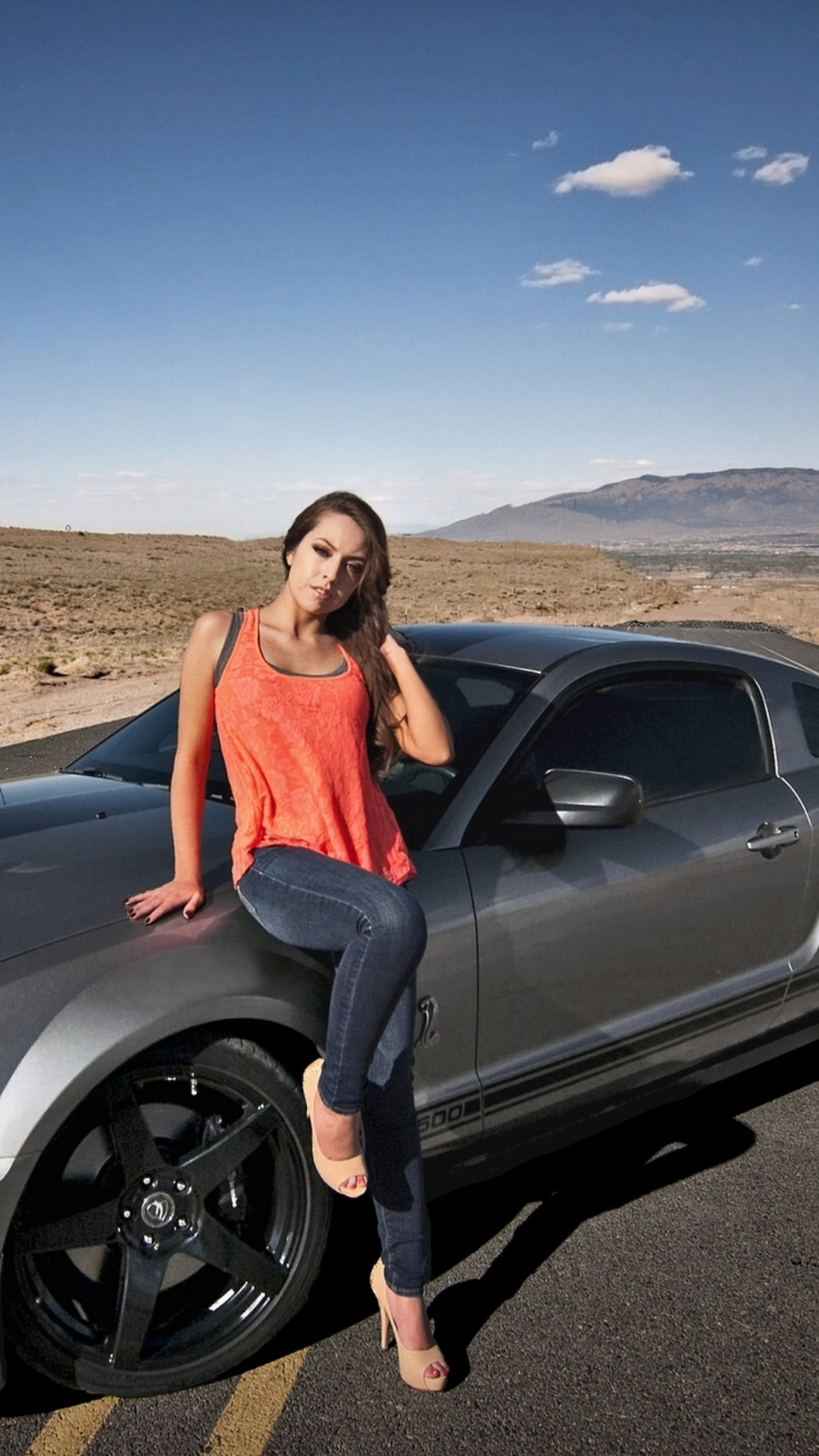Download hot girl sitting on ford mustang