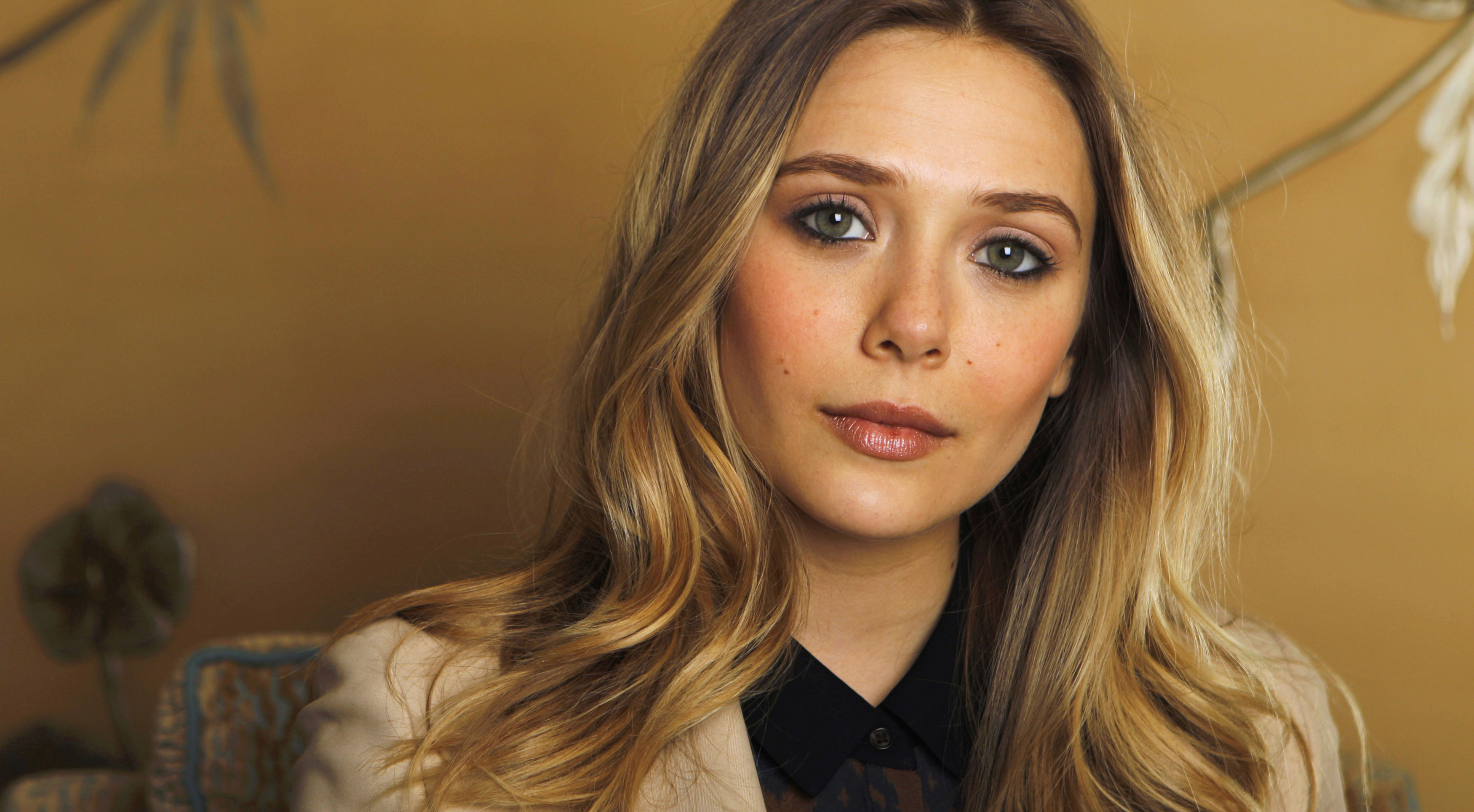 Scarlet Witch Avengers 2 Casting: Elizabeth Olson in Discussions for Role  in Avengers: Age of Ultron : Entertainment : Latin Post