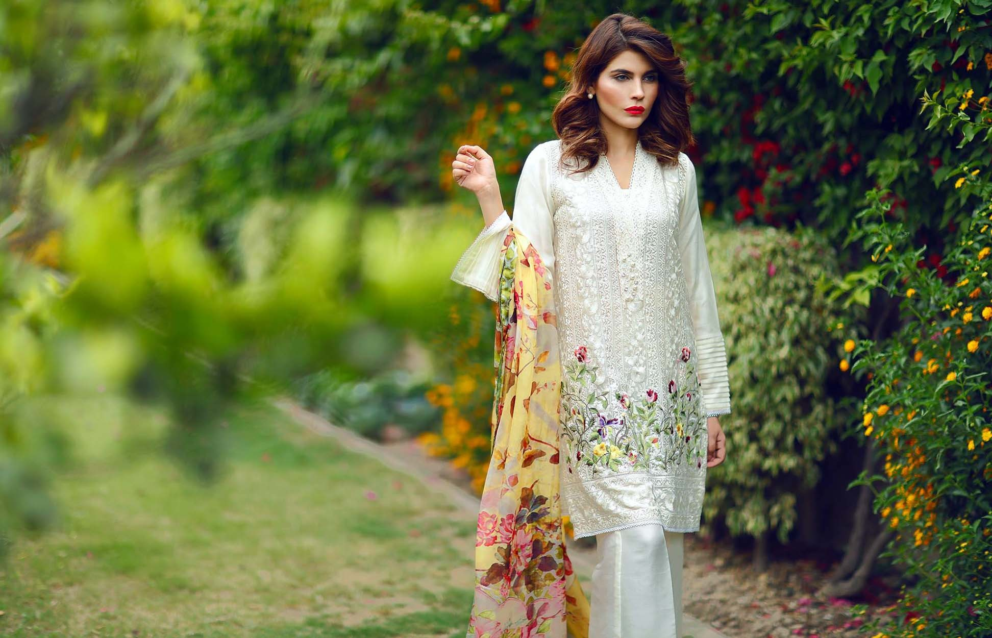 Girls Summer Dresses Top New Collections Before buying new dresses, have a  idea about the latest trend. These wallpapers will definitely help you.