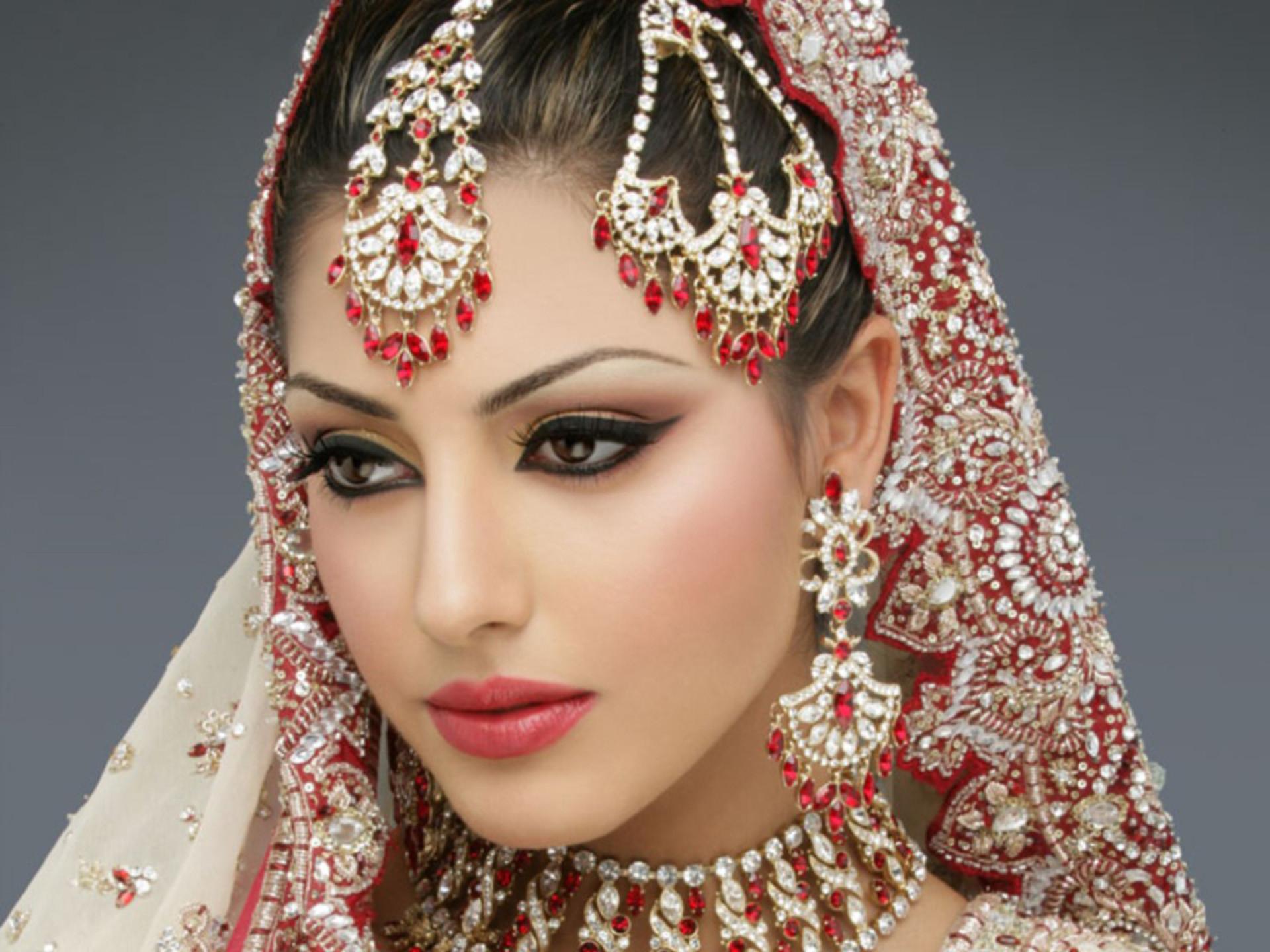 Models Wallpaper Female Pakistani