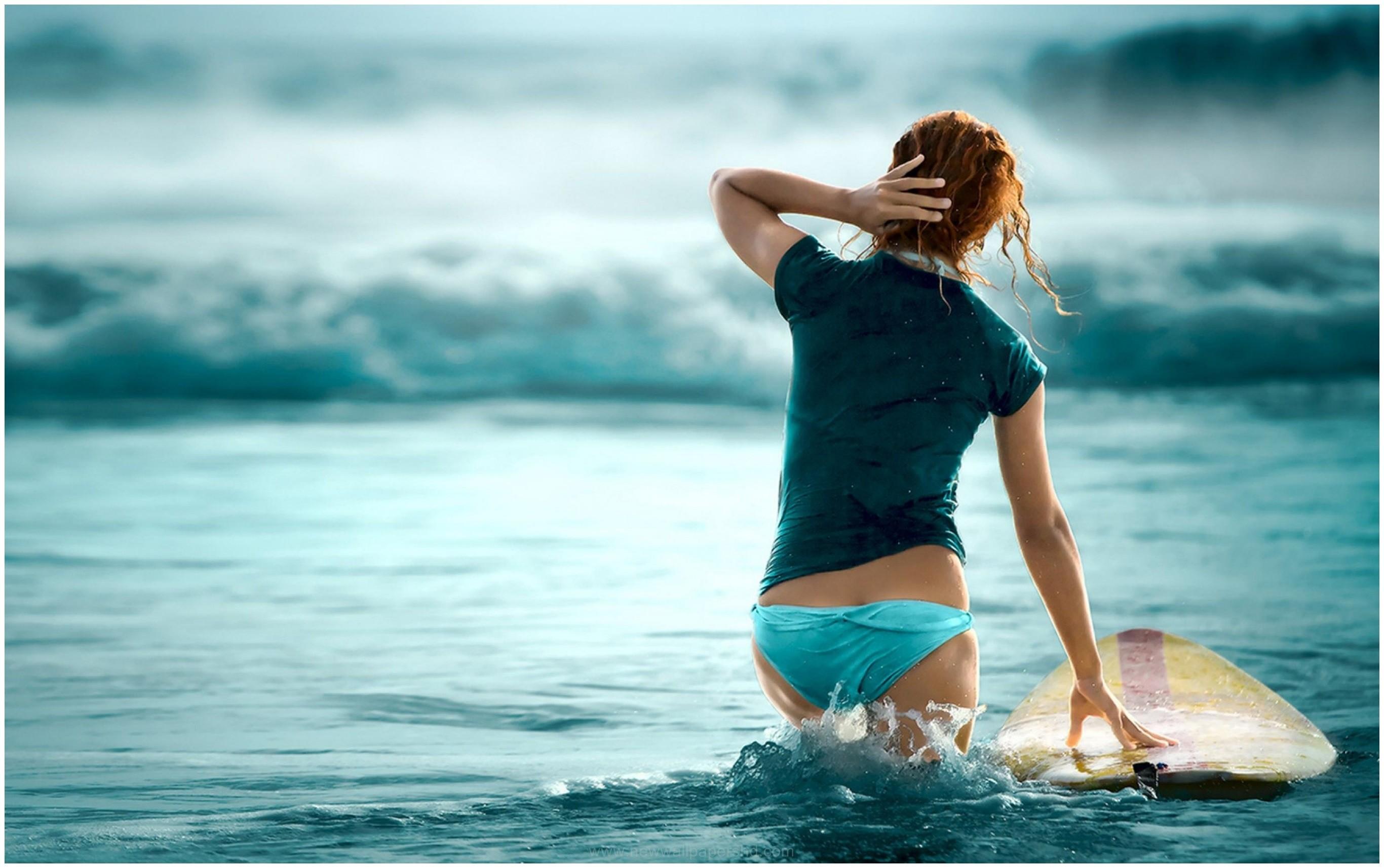 SURFER GIRL HD WALLPAPER