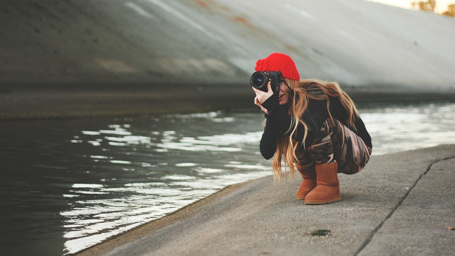 Water Girl Mood Wallpaper 43947