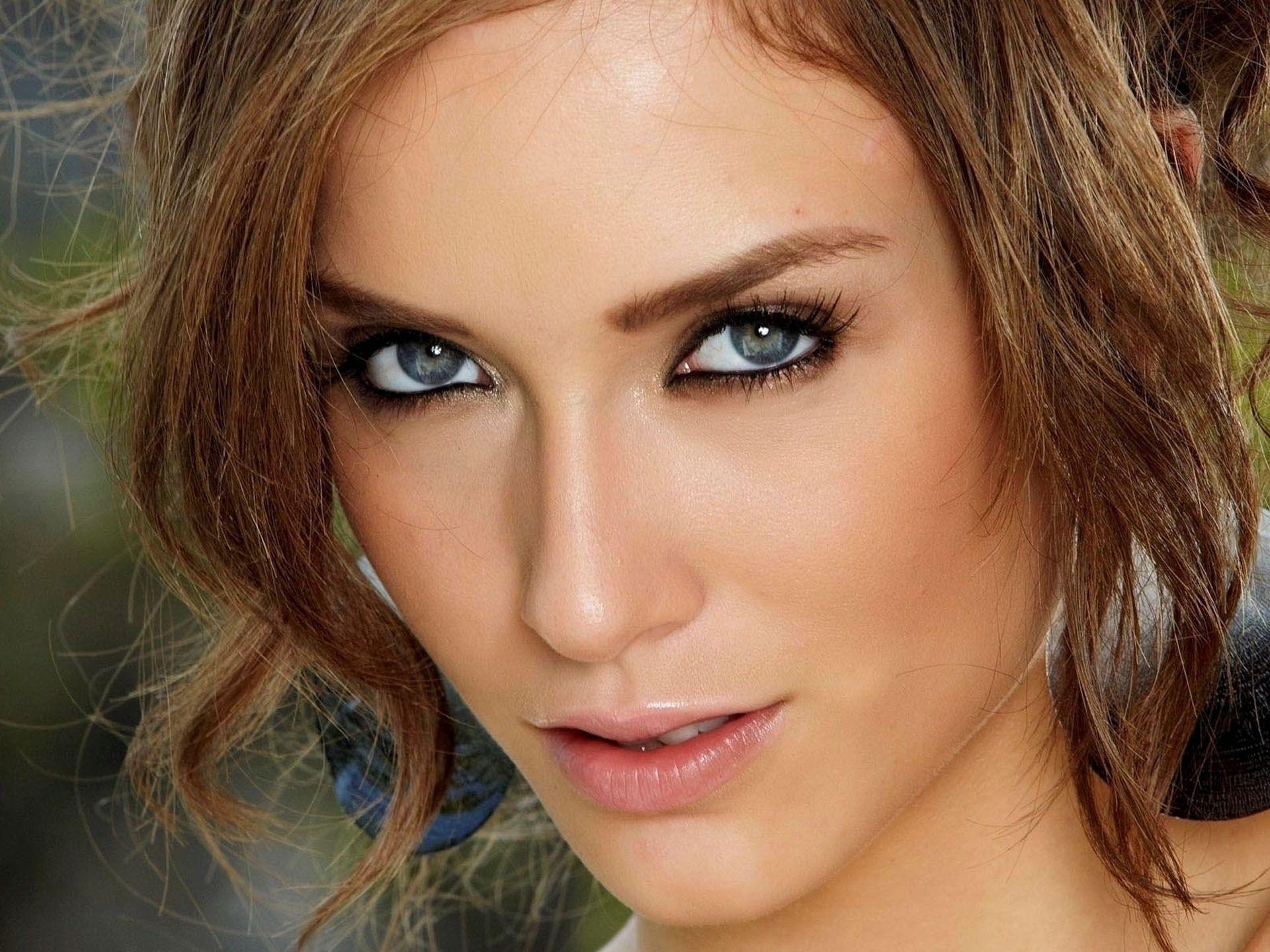 Blue Eyes Faces Lips Top Model Women