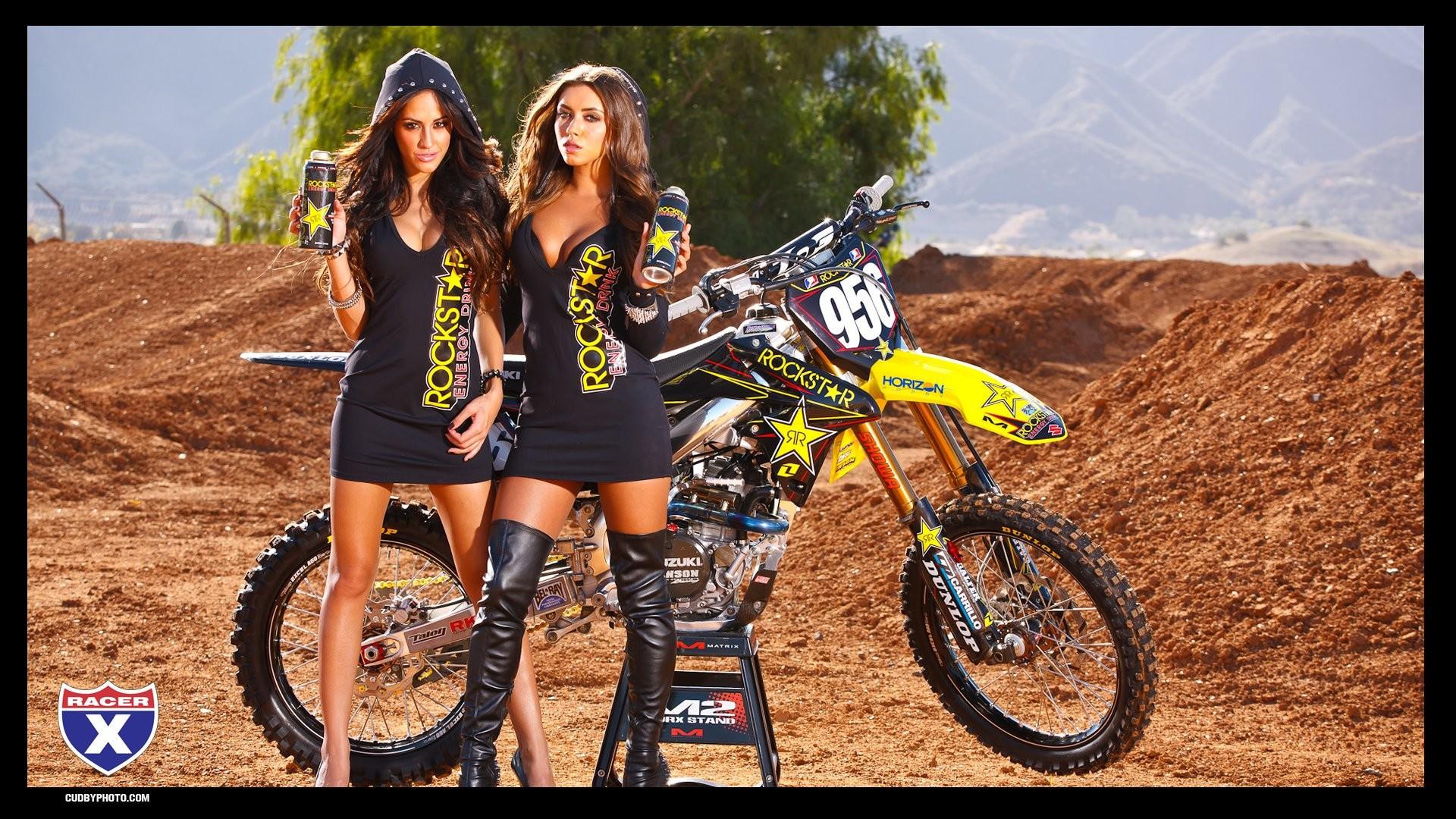 Motocross Girls Wallpaper