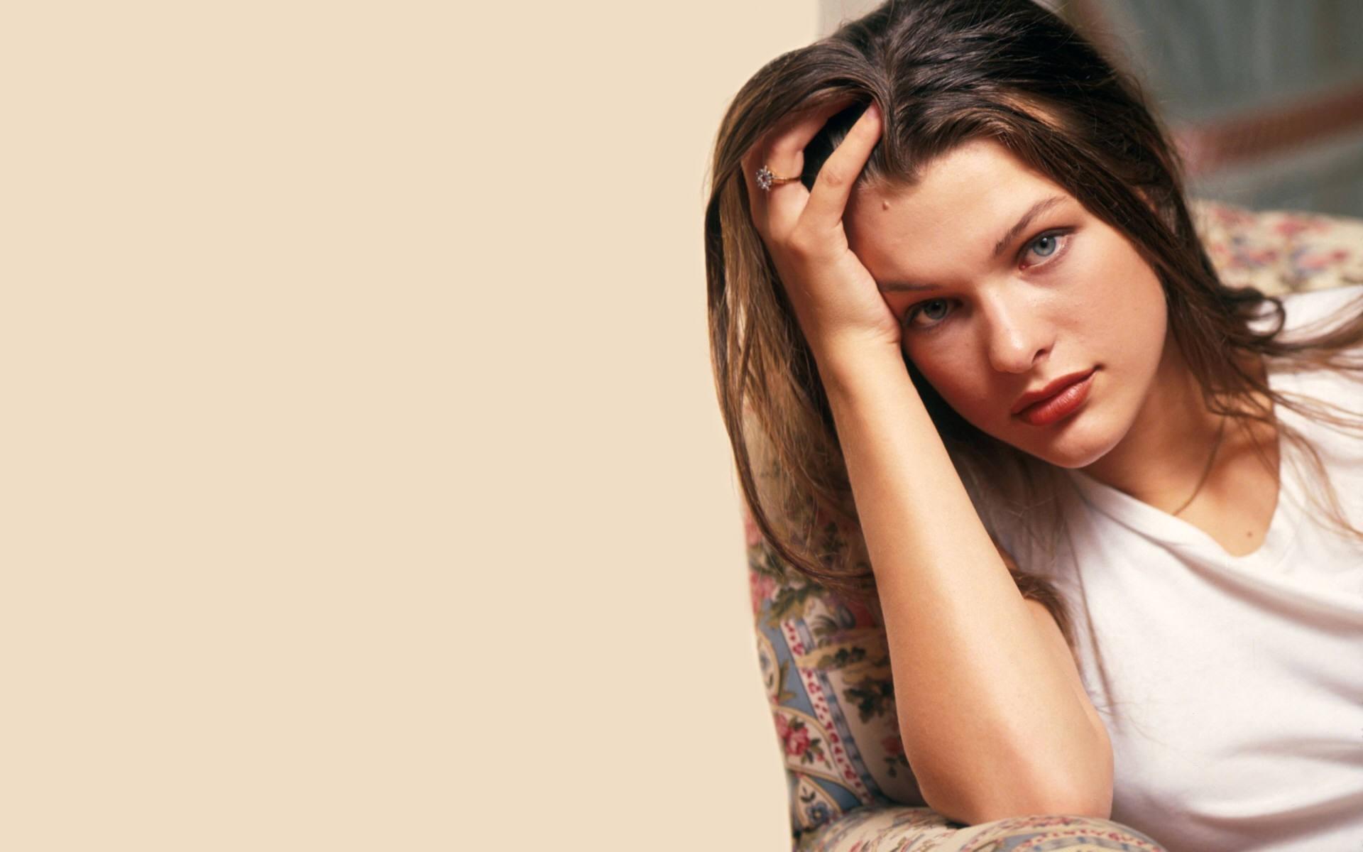 Milla Jovovich Wallpaper 51930