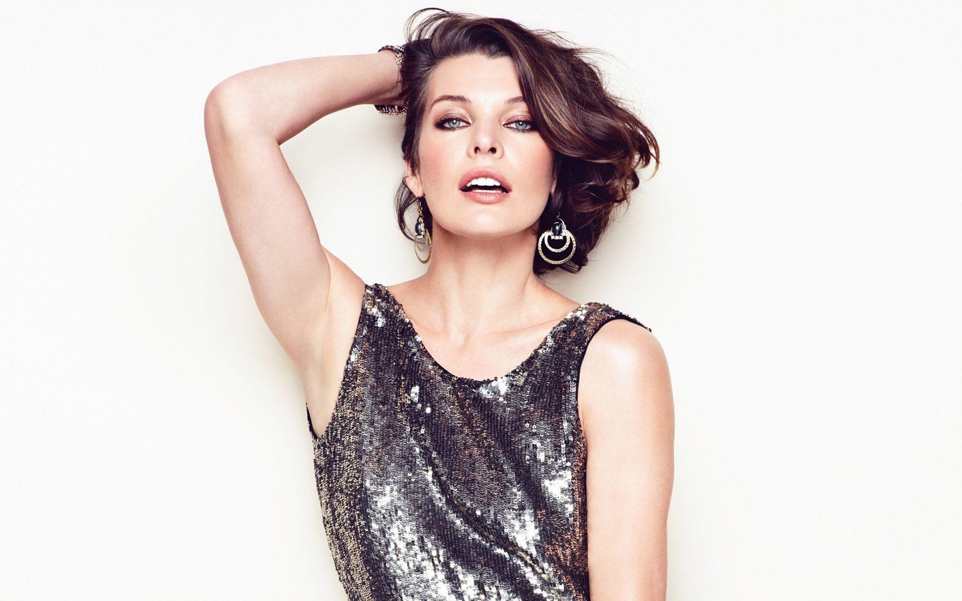 Milla Jovovich 2015