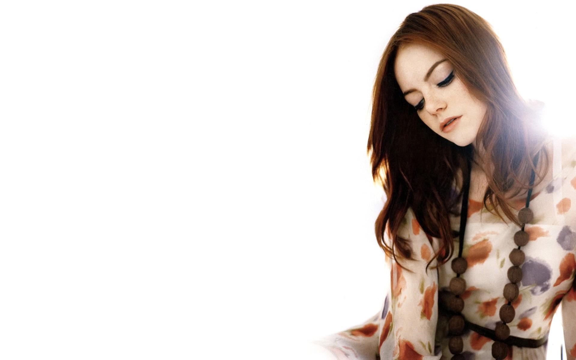 Emma Stone Backgrounds HD | PixelsTalk.Net