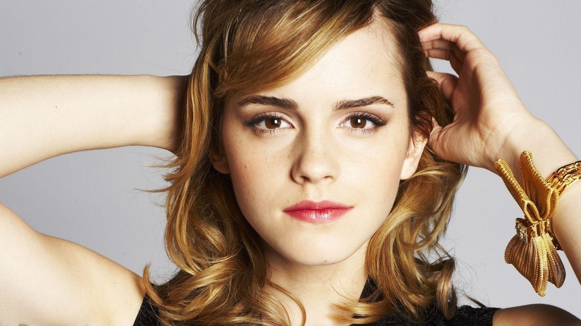 … Emma Watson Wallpaper …