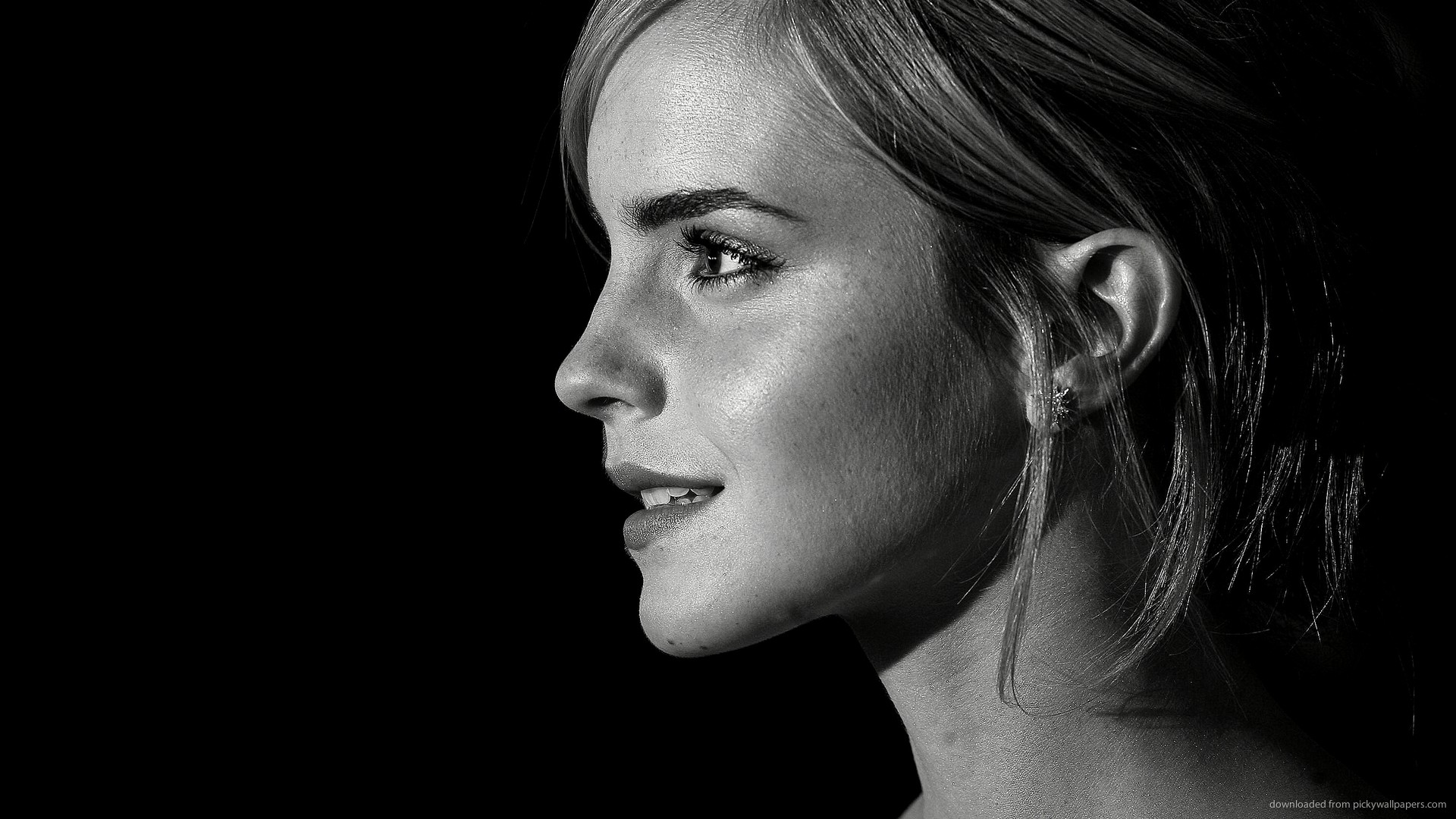 Emma Watson black and white profile for 1920×1080