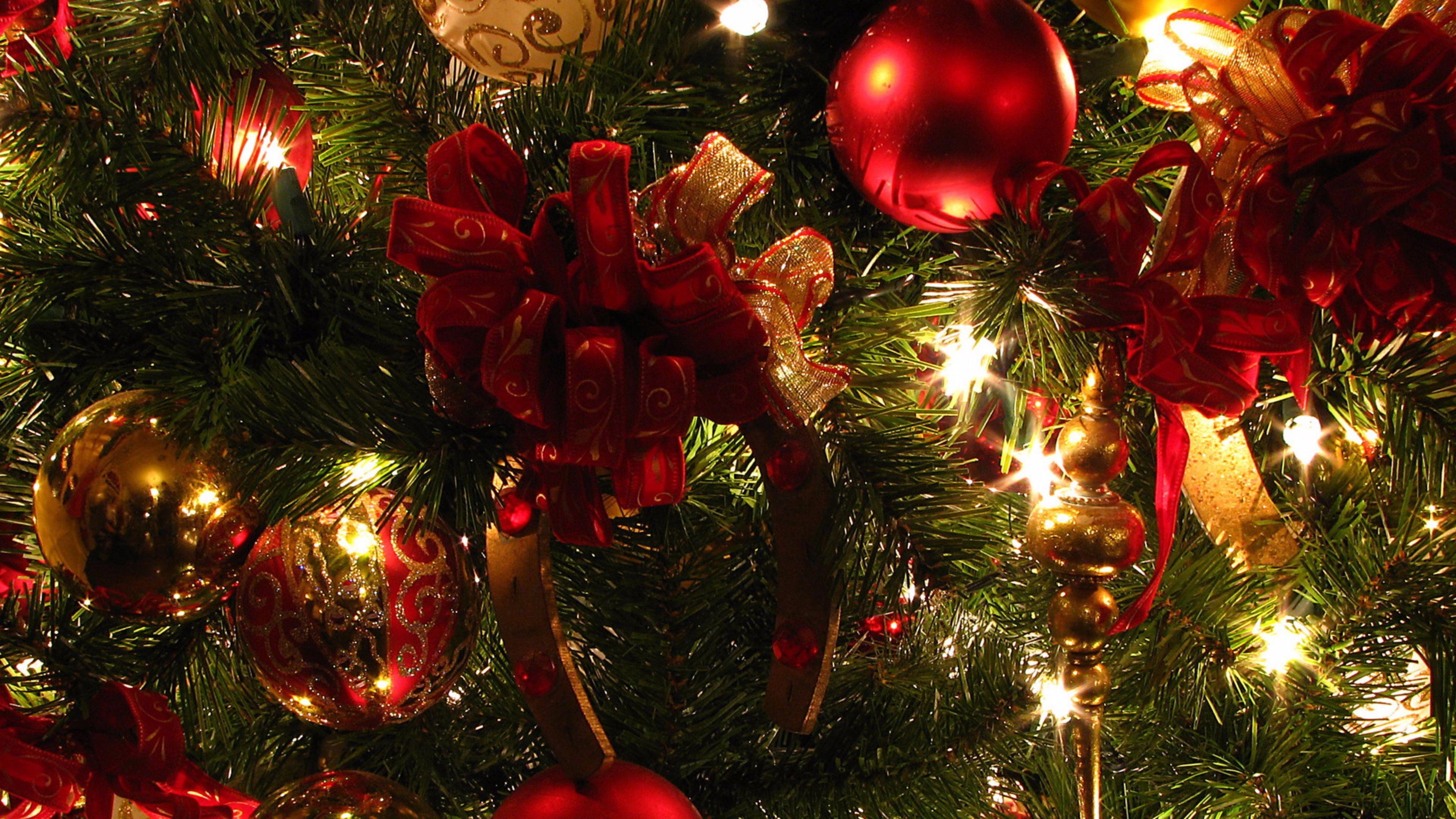 Festive Merry Christmas 4K Wallpaper