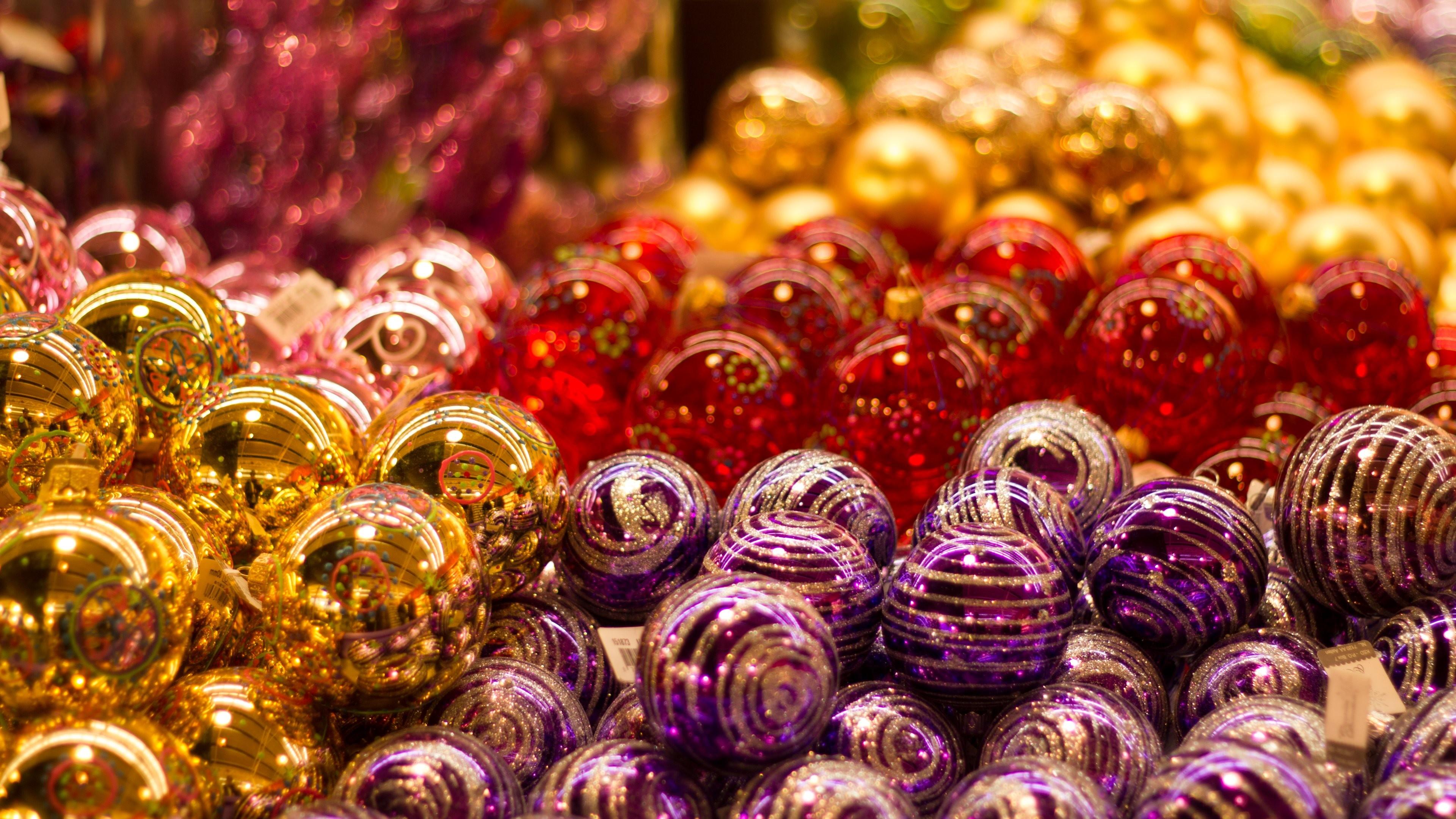 Wallpaper: Christmas Balls
