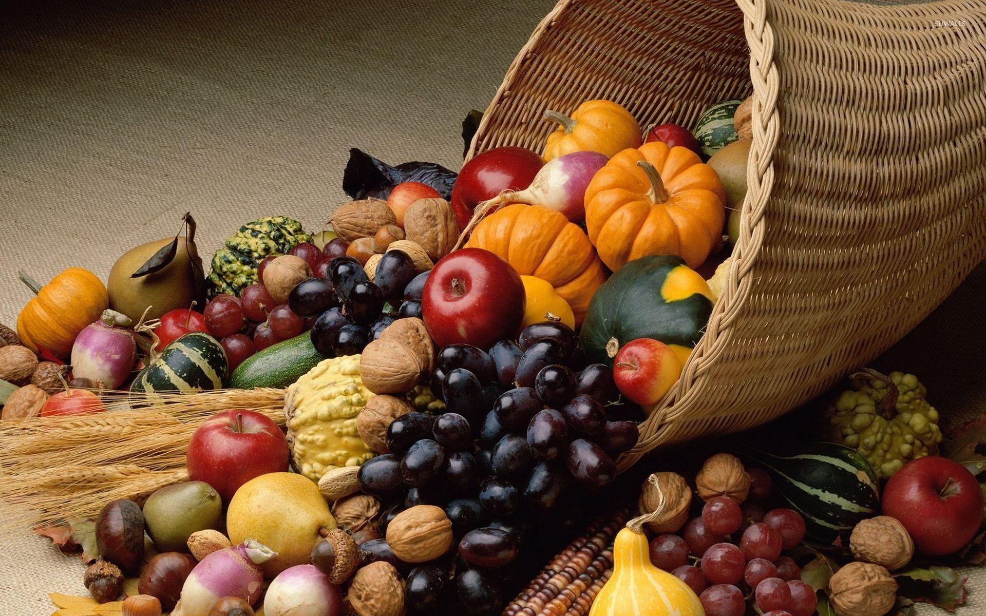 Cornucopia Thanksgiving Wallpaper
