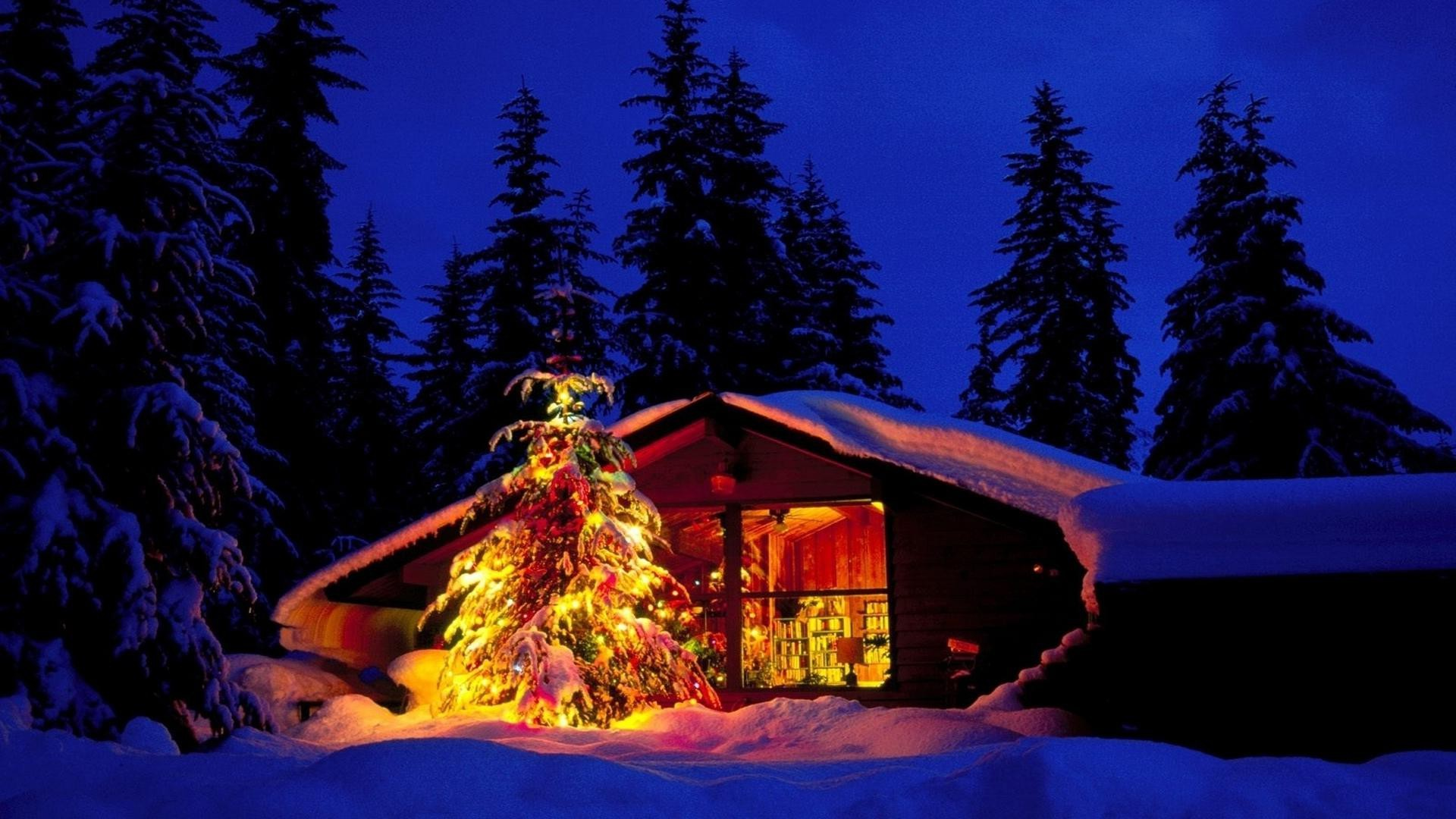 Free Christmas Cabin And Tree In Deep Snow – Landscapes Christmas Desktop  Wallpaper and Computer Background