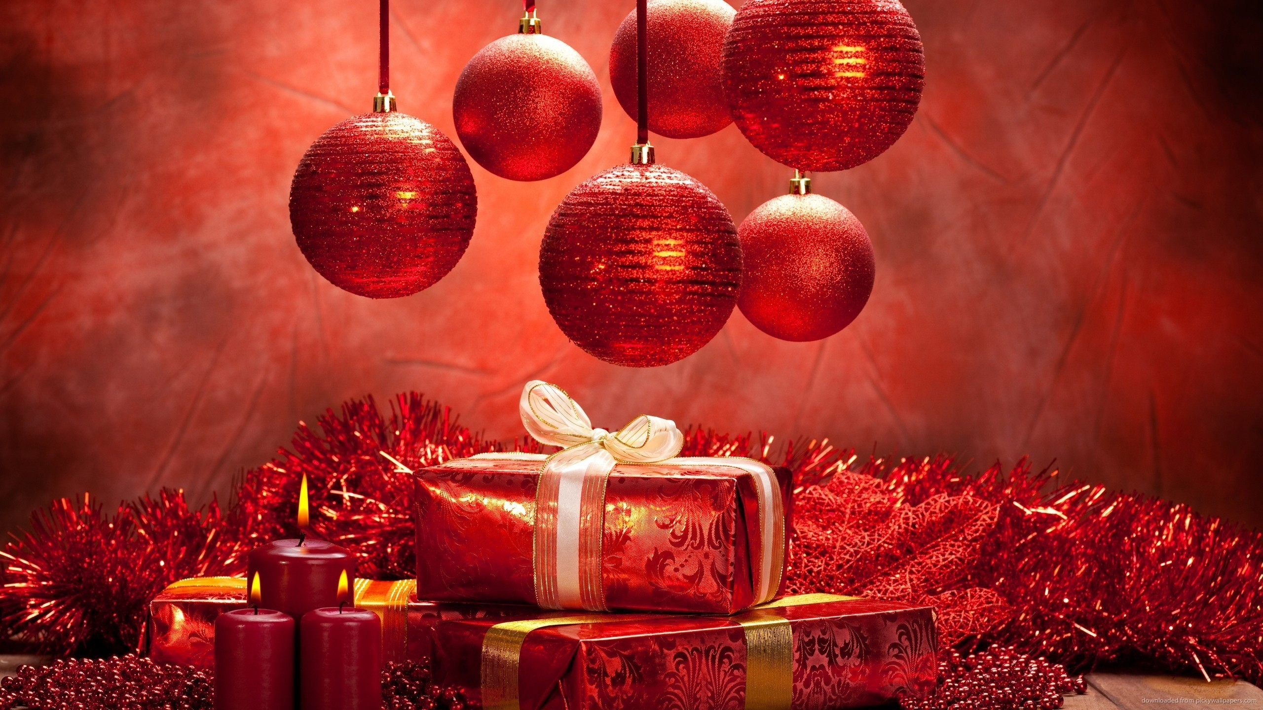 Red Christmas Presents and Balls for 2560×1440