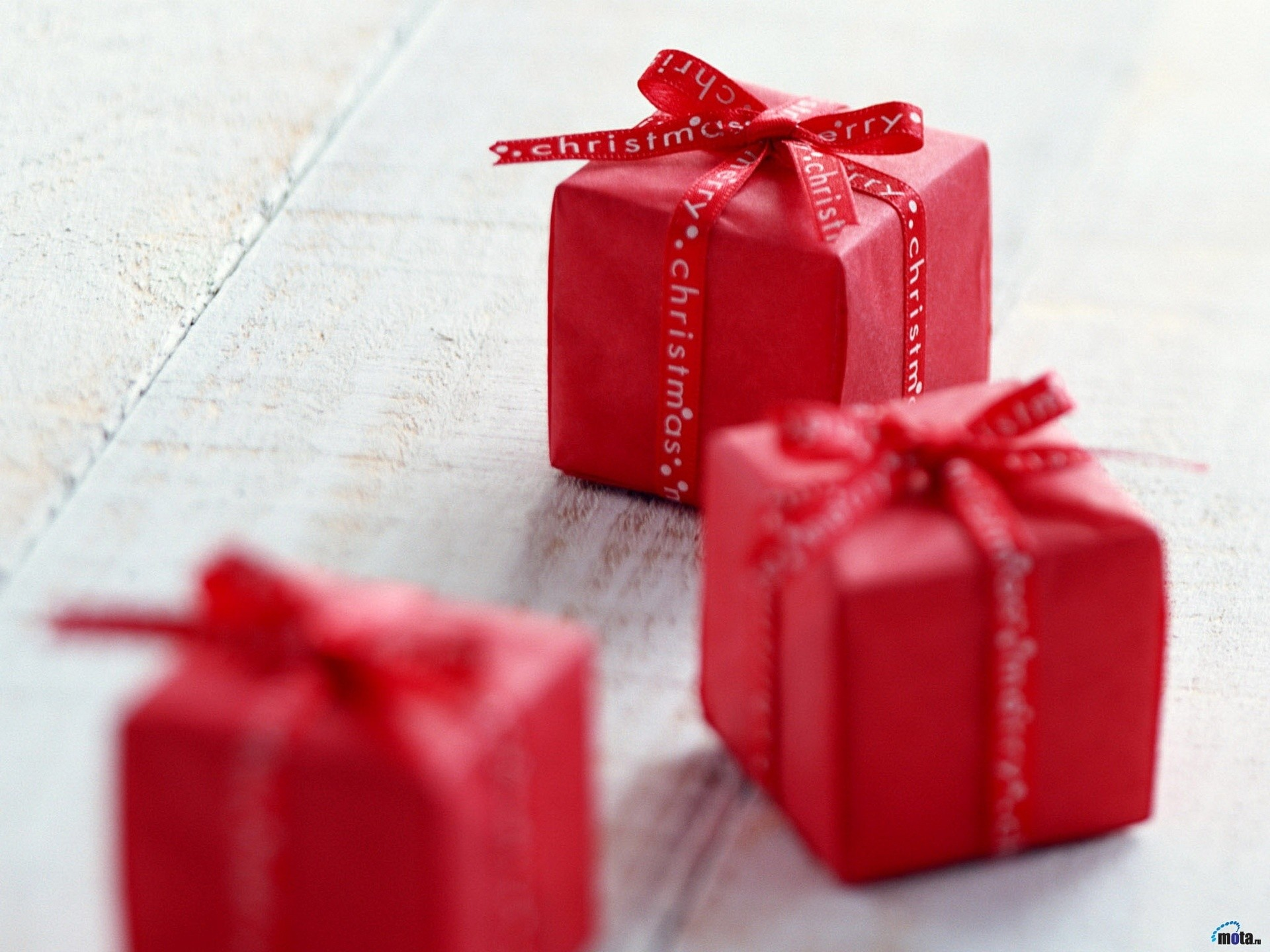 Small Christmas Gifts wallpapers and stock photos