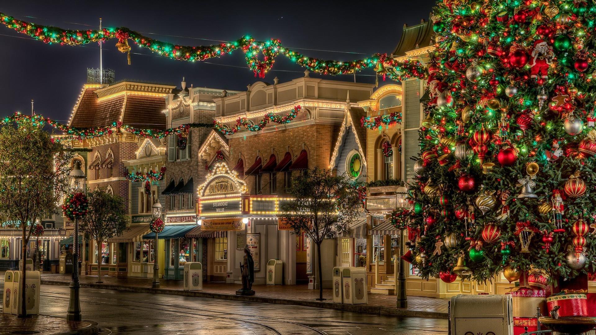 Wallpaper tree, gifts, christmas, street, lights, beauty, holiday