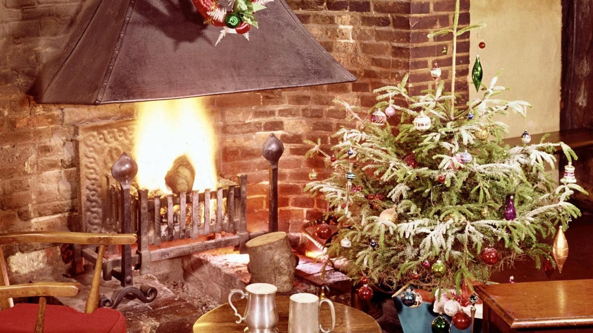 Wallpaper christmas tree, fireplace, fire, holiday, christmas