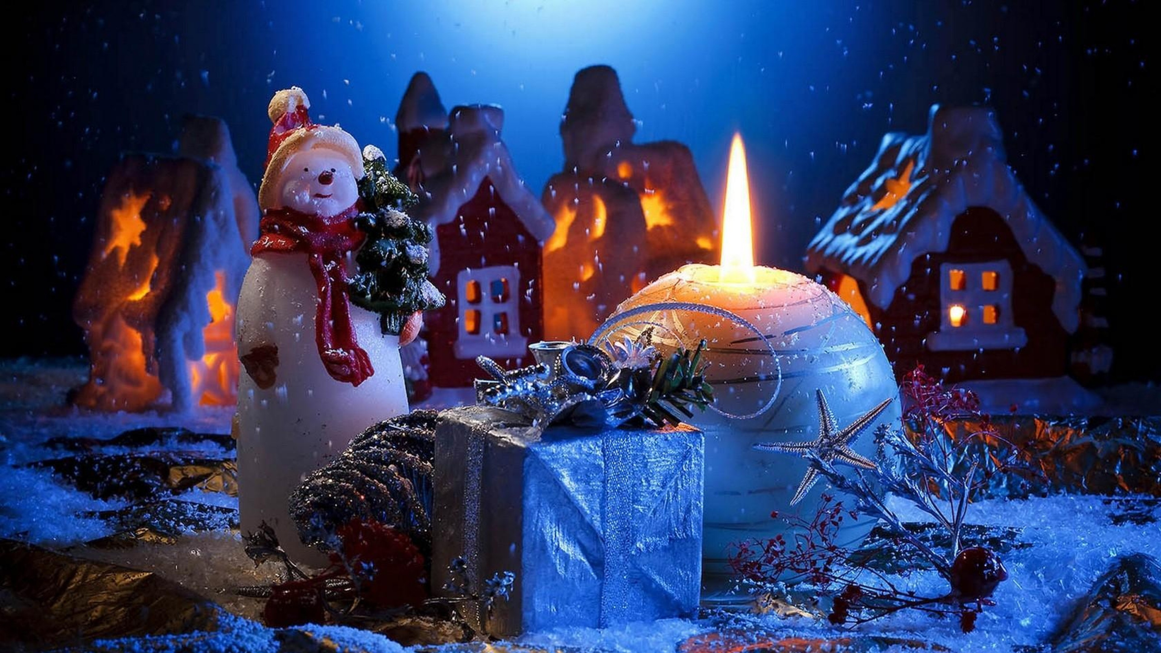 Download Wallpaper Candle, Snowman, Gift, Home, Holiday .