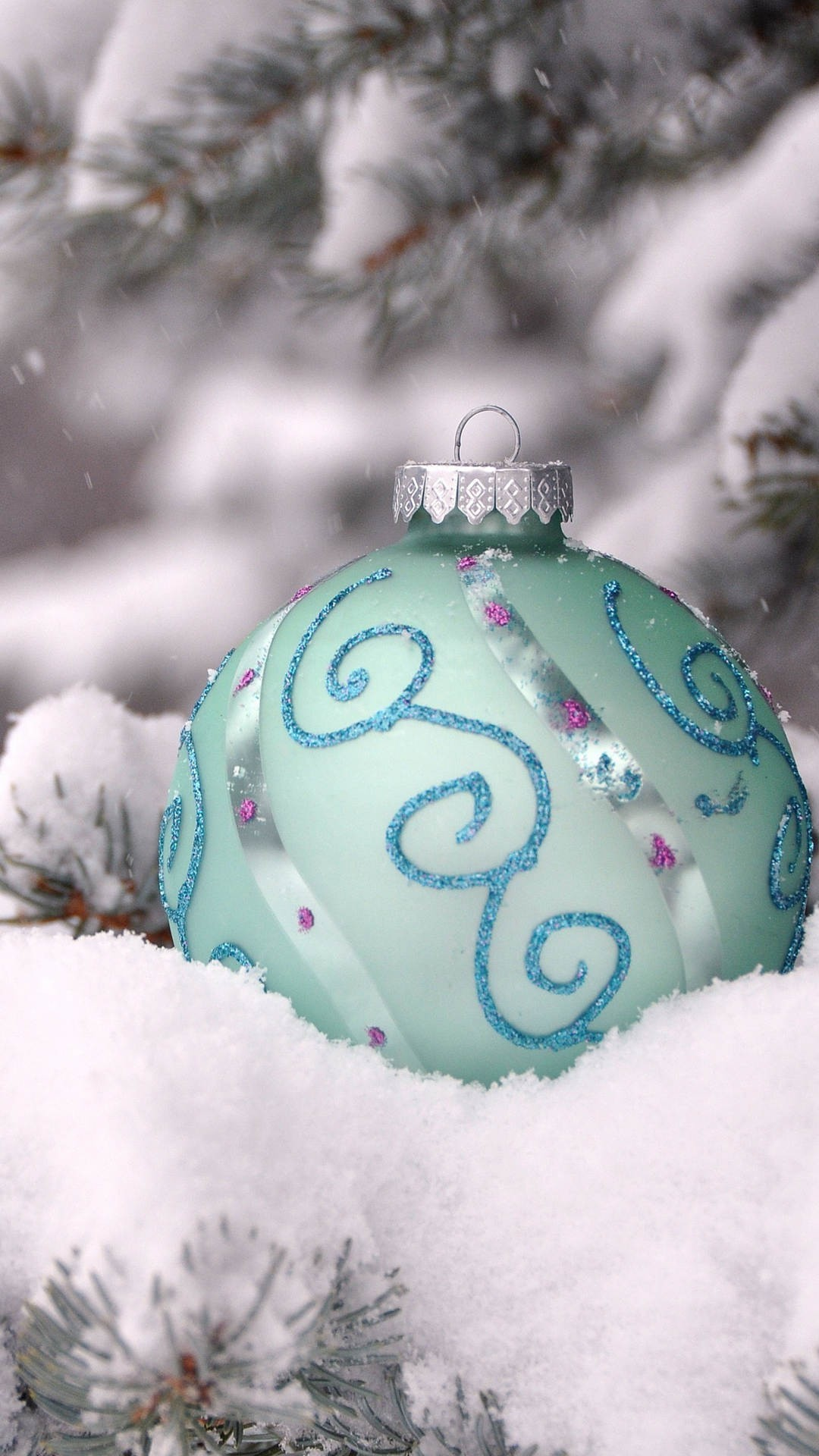 Frozen themed Christmas tree floating ornament iPhone 6 plus wallpaper –  tree, snow, closeup