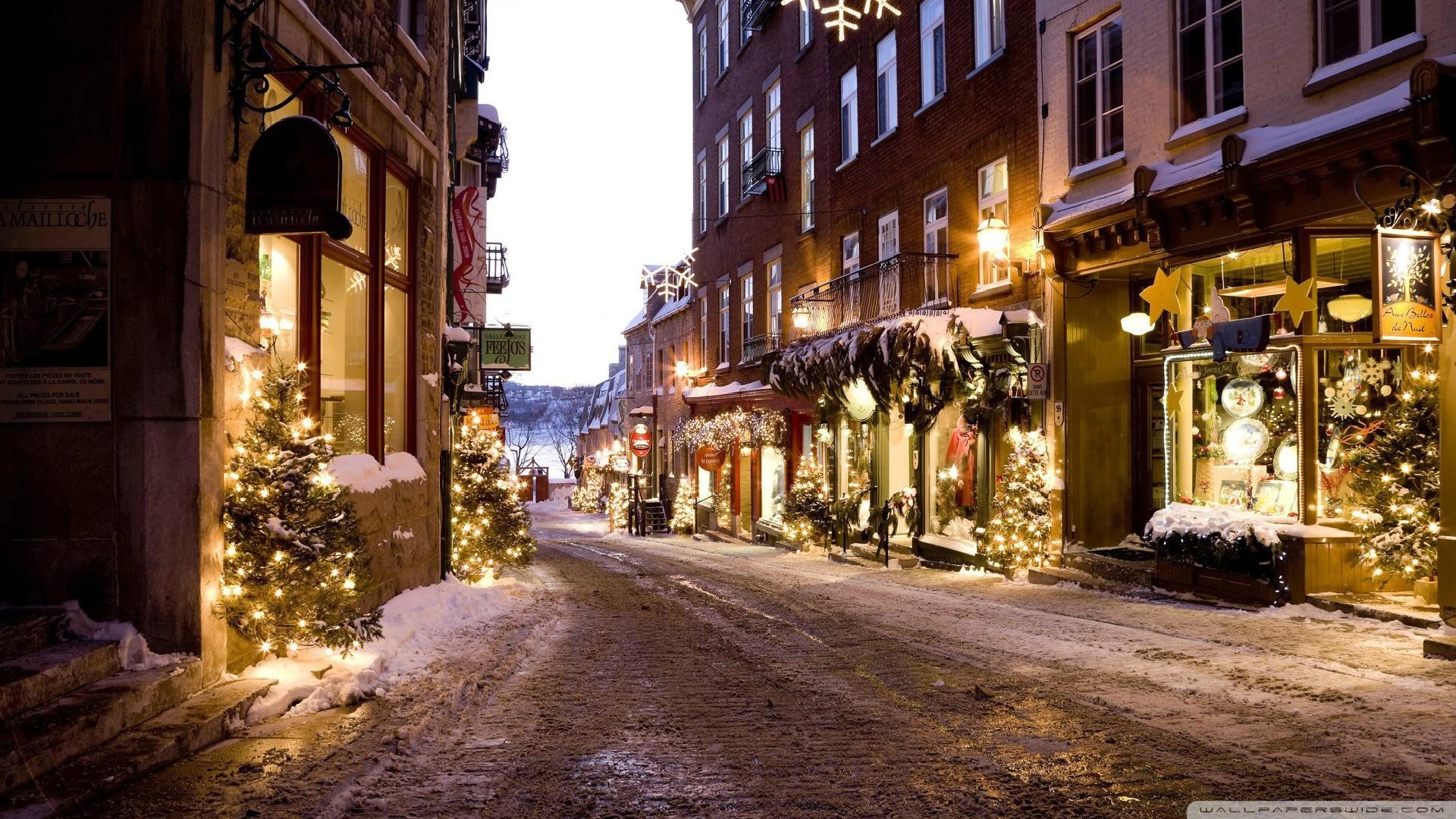 Christmas Town desktop PC and Mac wallpaper
