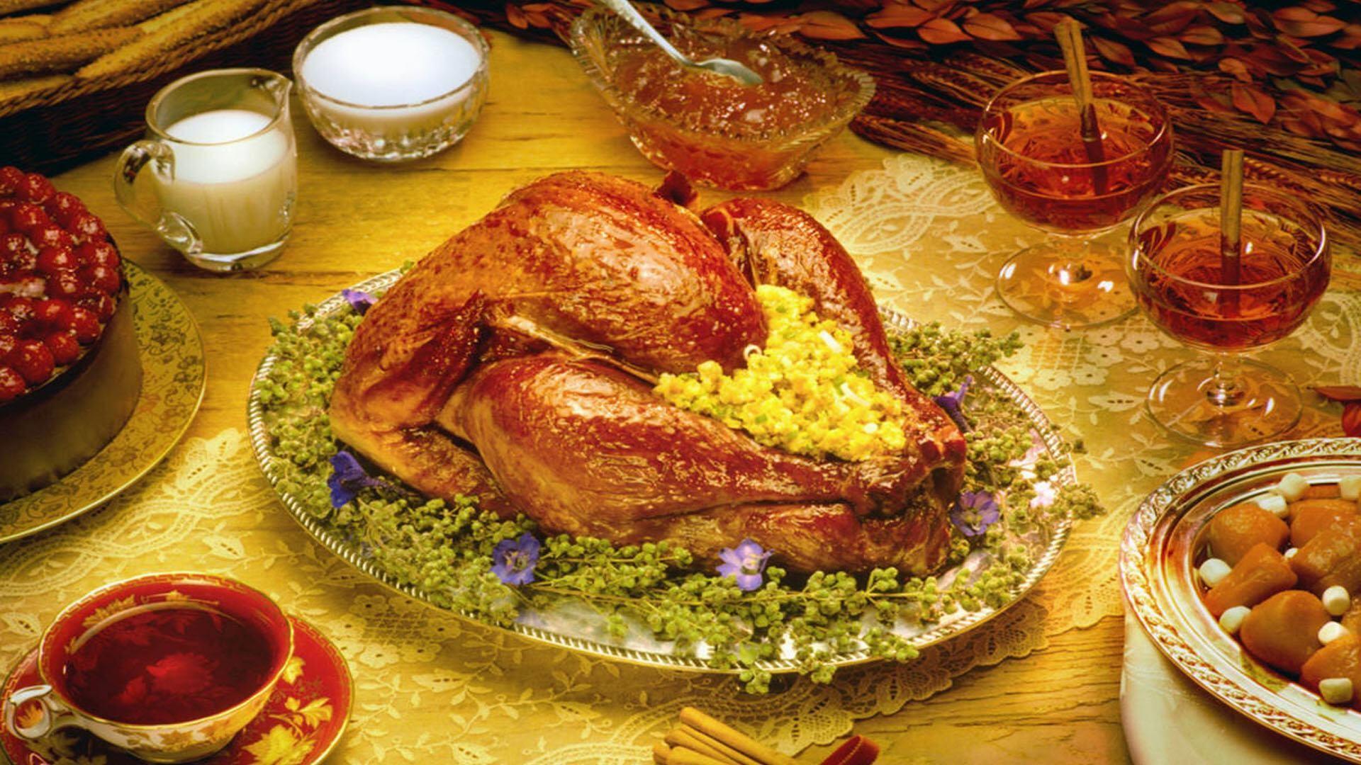 thanksgiving-dinner-wallpaper-wp6409960