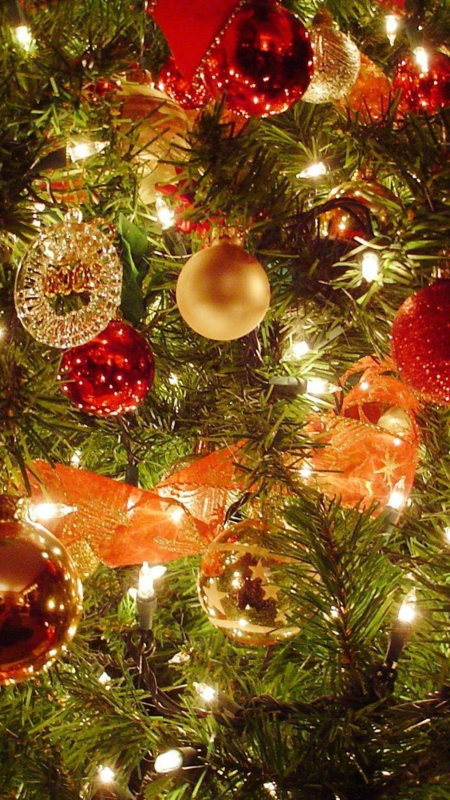 Preview wallpaper christmas tree, christmas decorations, garlands, new  year, celebration 1440×2560