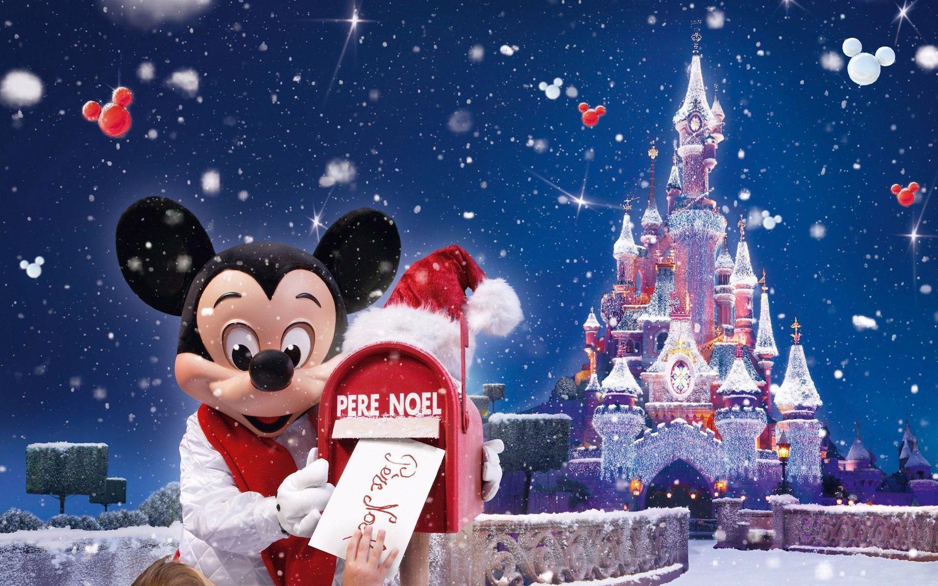 Mickey Mouse Christmas Wallpaper Widescreen.