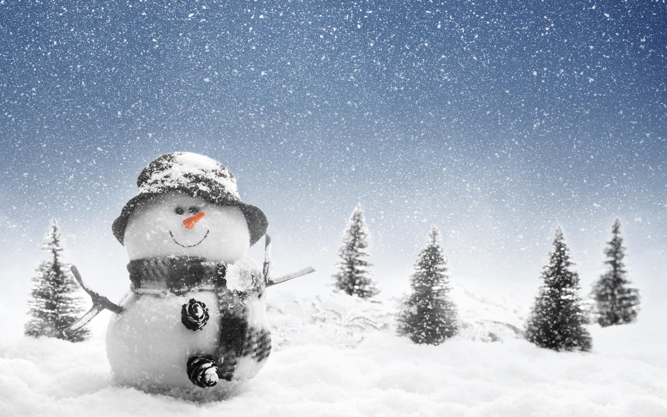 Snowman Wallpaper In Winter photos Free Christmas Snowman Wallpapers