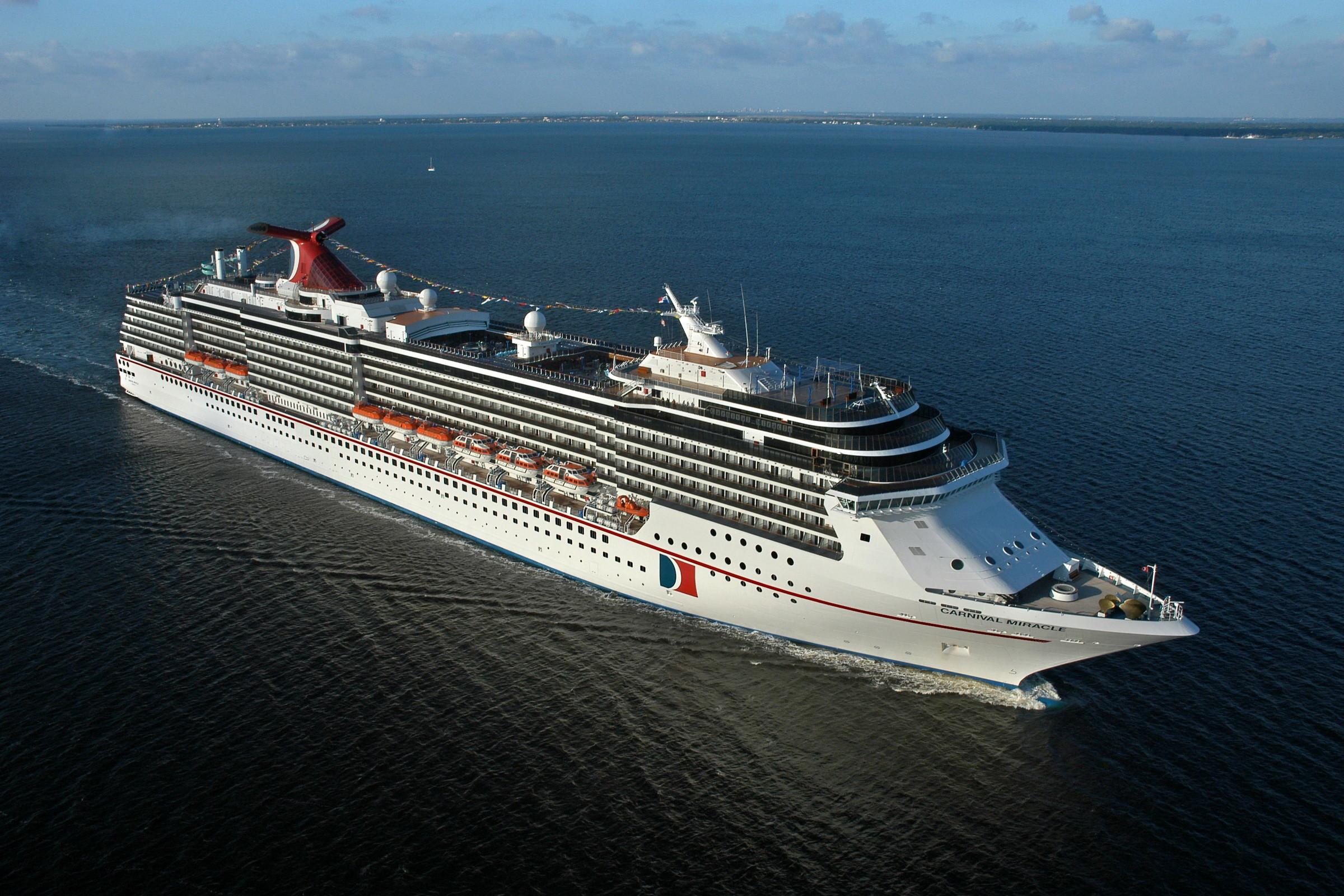 Vehicles – Cruise Ship Wallpaper