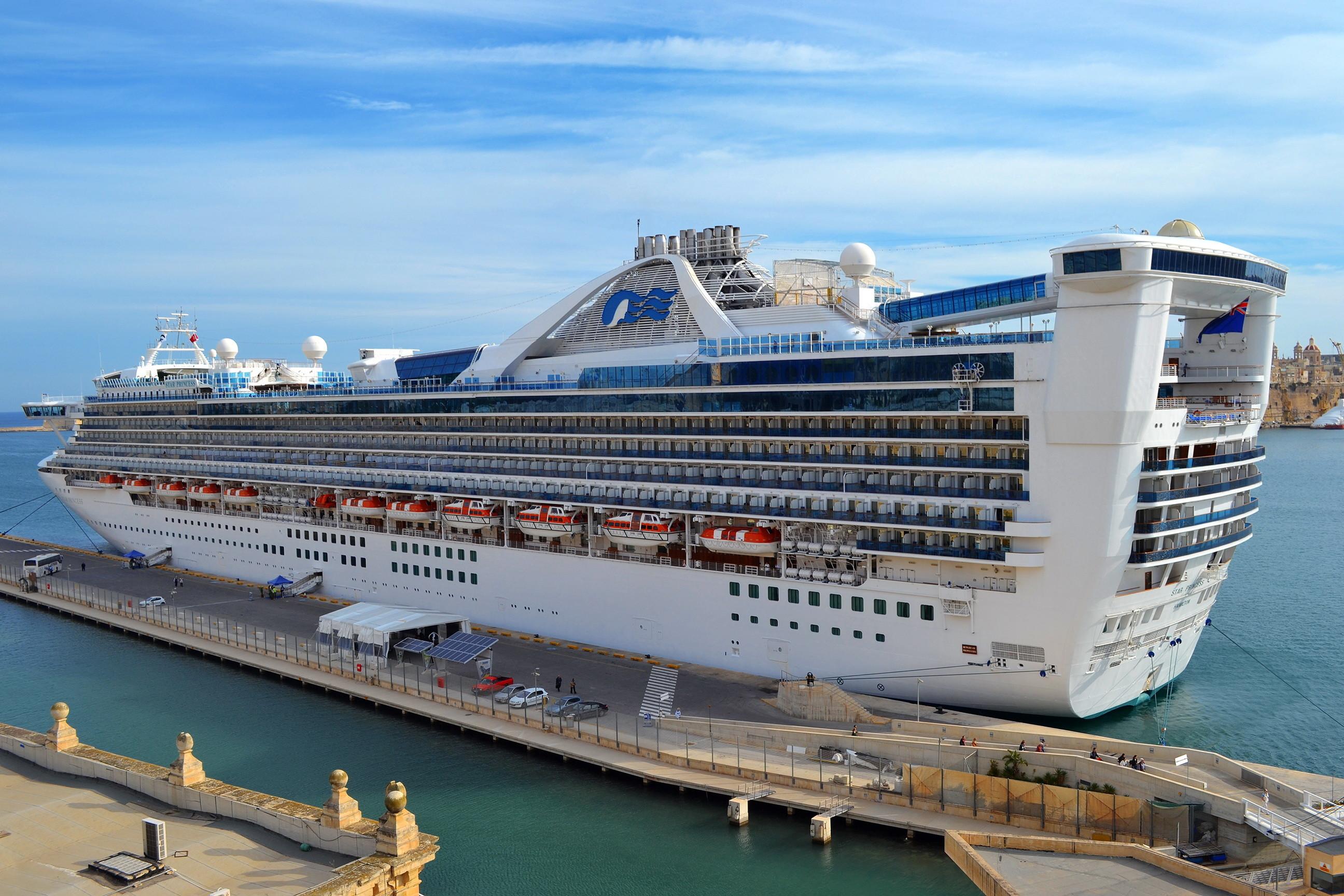 Ships Cruise liner Marinas Star Princess wallpaper     72588 .
