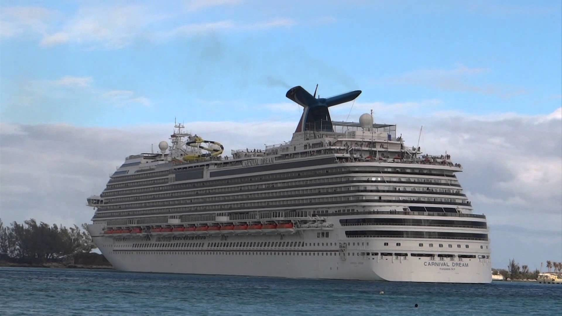 Nassau, The Bahamas – Oasis of the Seas and Carnival Dream Departure HD  (2012) – YouTube