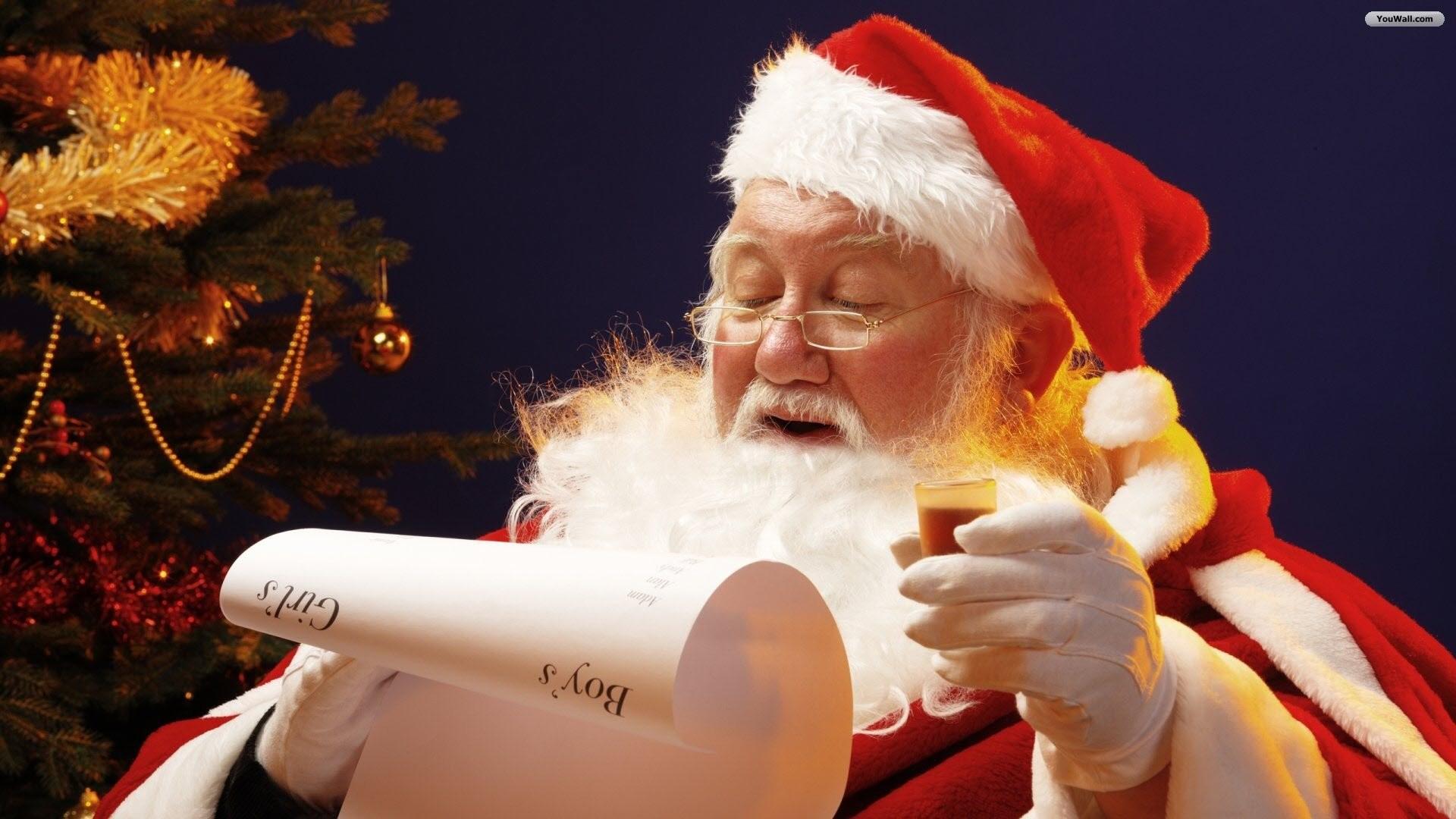 Santa Claus Reading Wallpaper