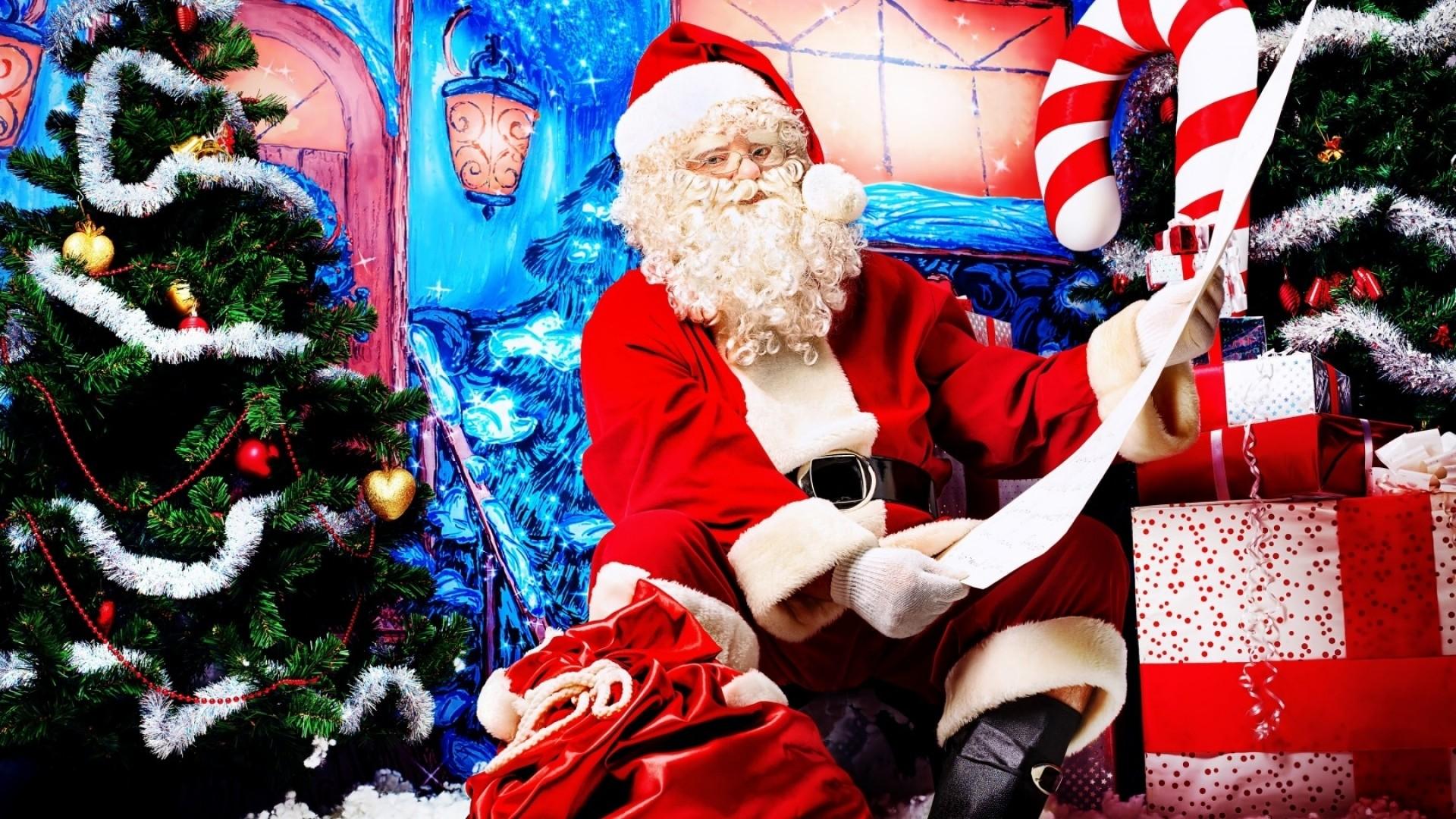 Wallpaper santa claus, look, door gifts, list, christmas, new year