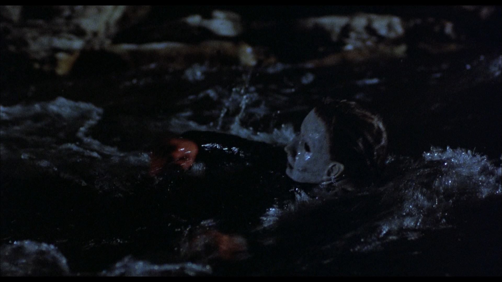 H5 – Michael In Water