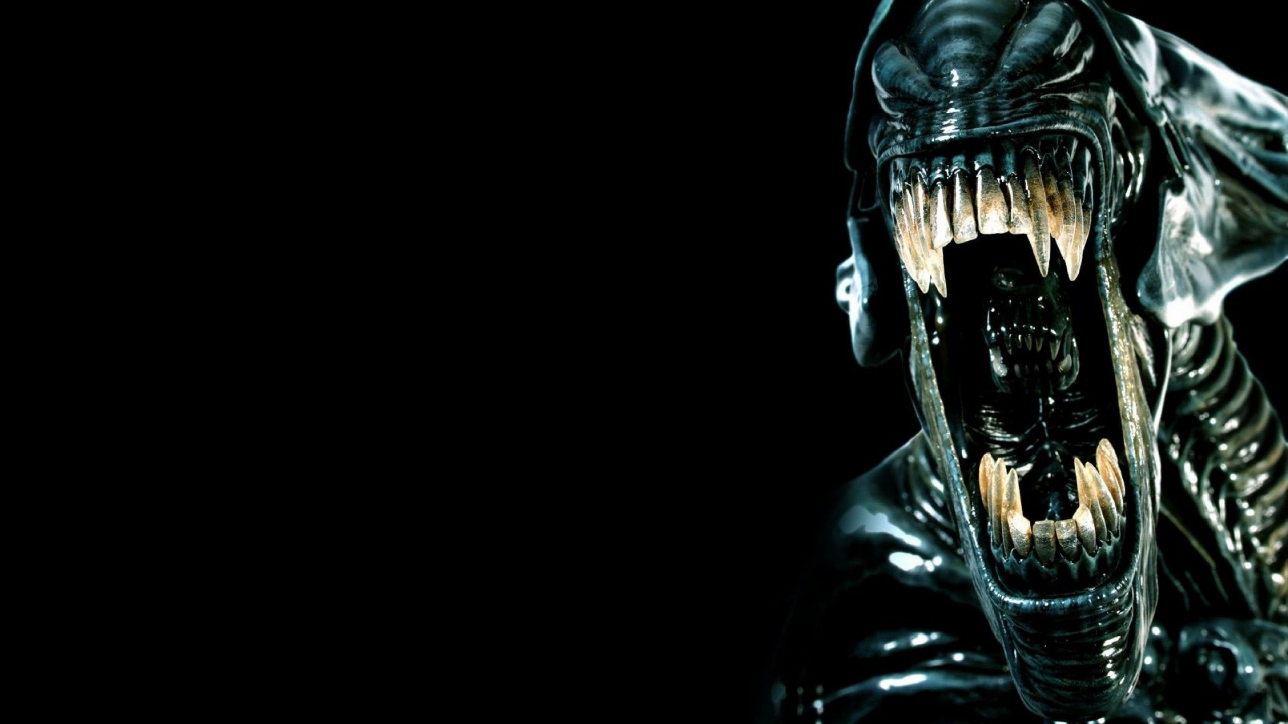 Preview wallpaper alien, teeth, horror, fear, killer, evil 2560×1440