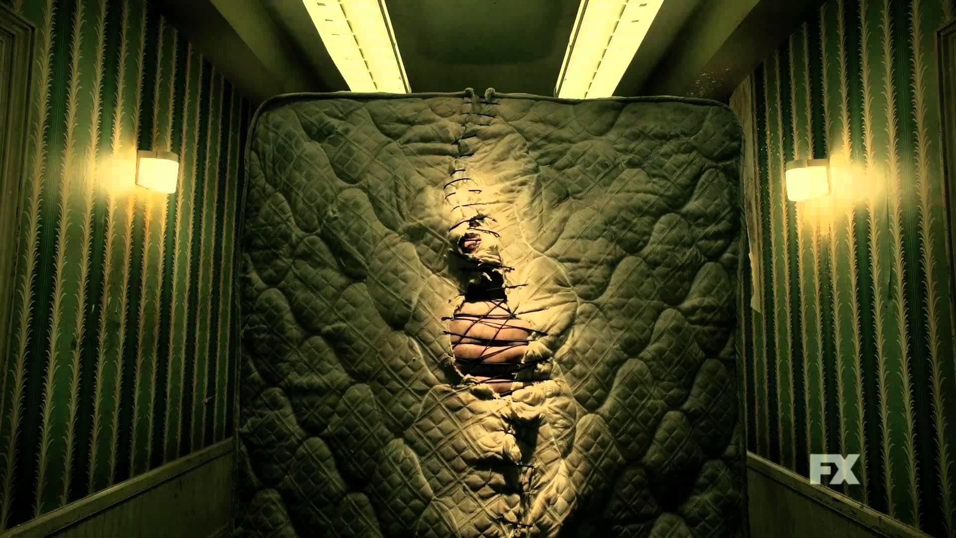 American Horror Story Hotel Sleepwalk