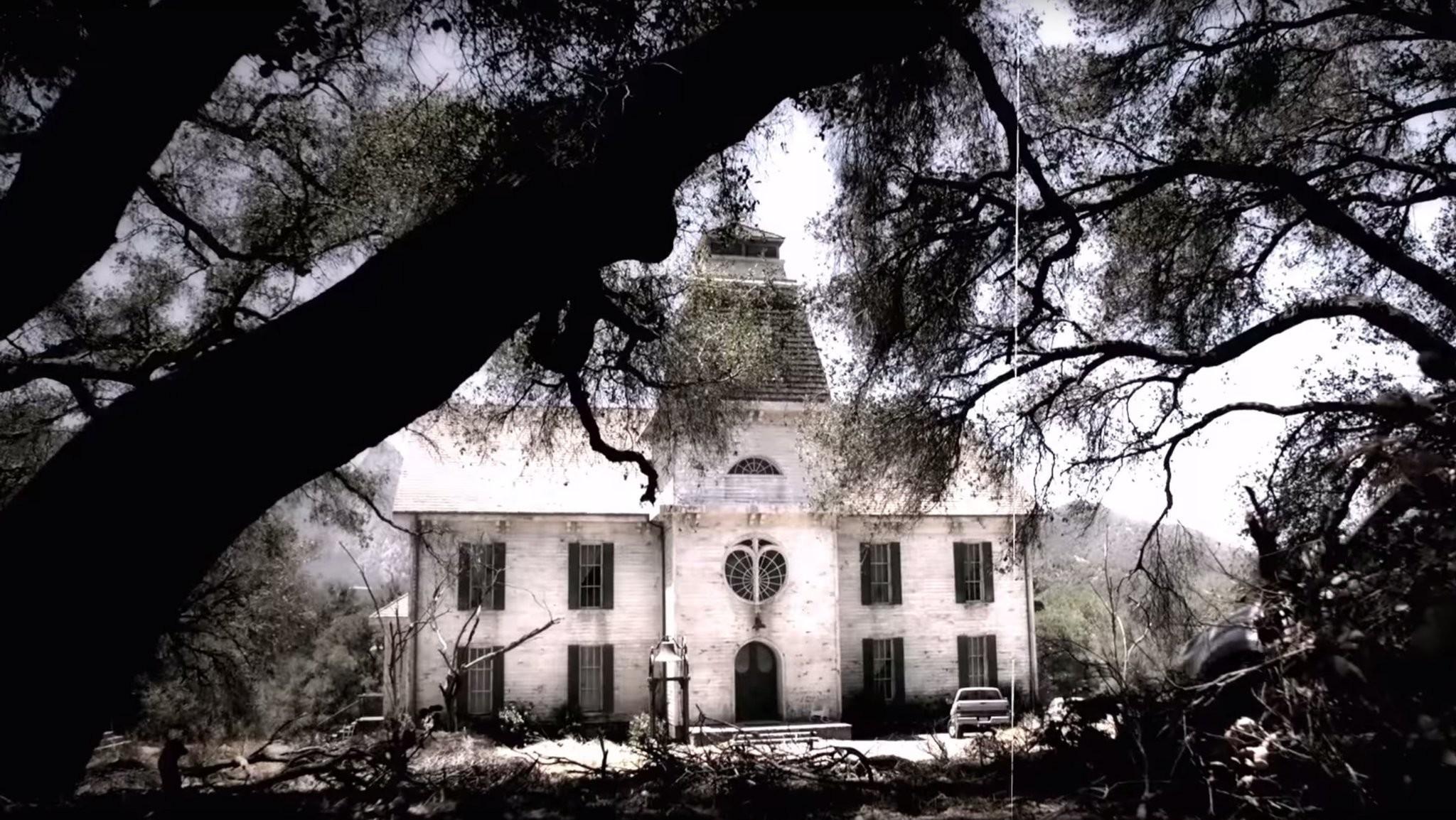 Chapter Two of 'American Horror Story: Roanoke' Was Utterly Swine-tingling