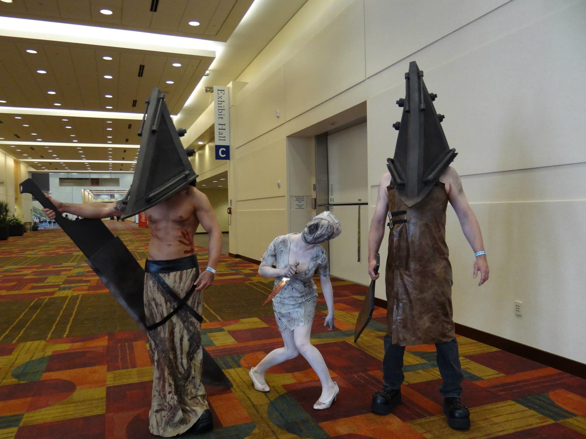 [Self] Cosplay of myself, daughter, and son as Pyramid Head and Nurse from Silent  Hill …