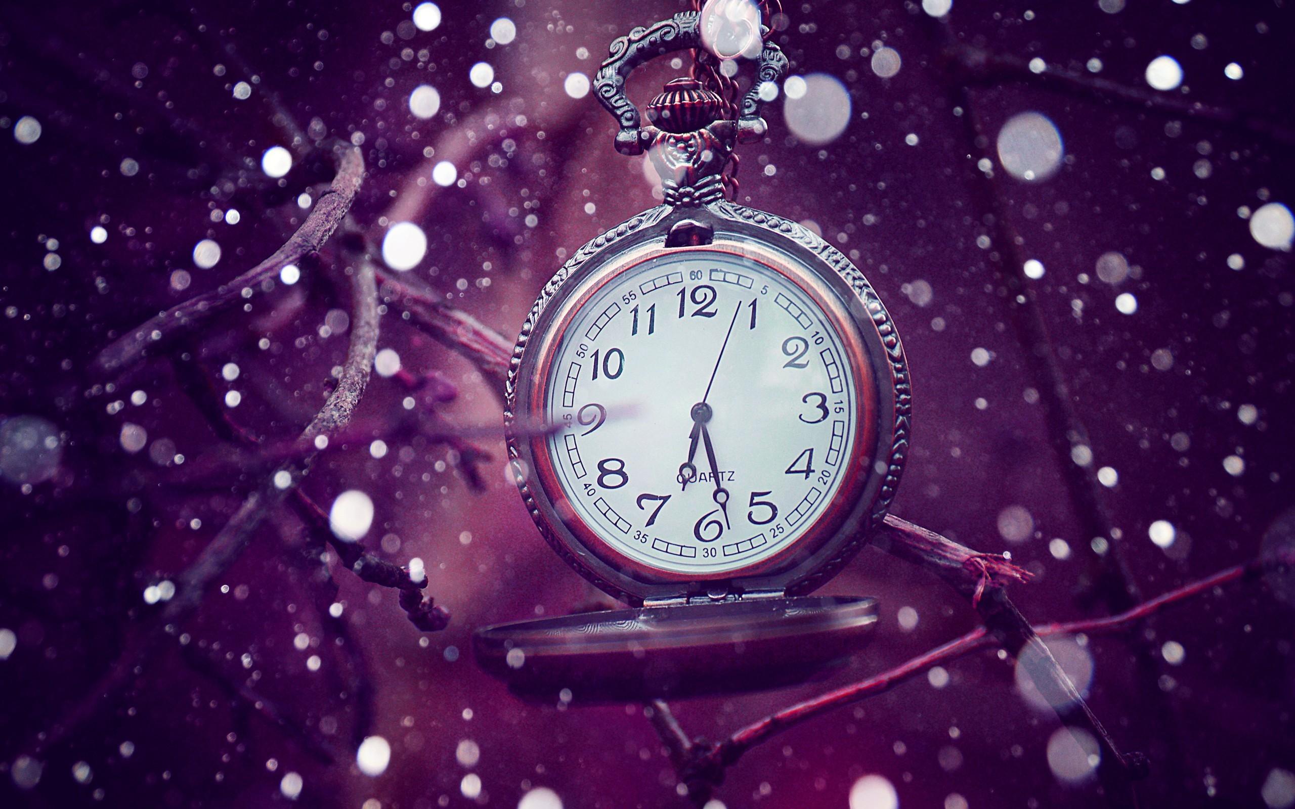 Purple-Watch-Wallpaper