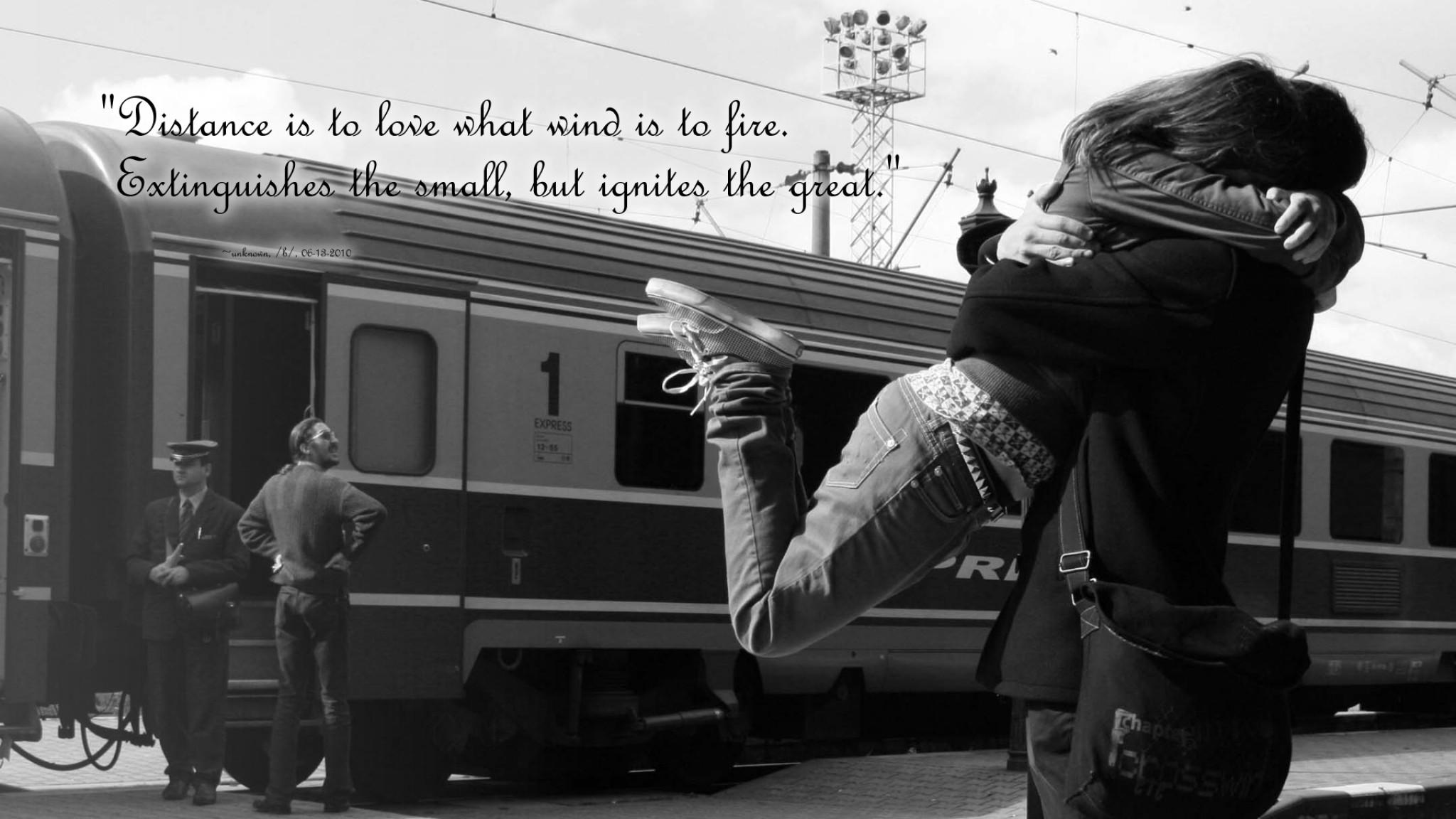 Preview wallpaper love, situation, meet, train, black white 2048×1152