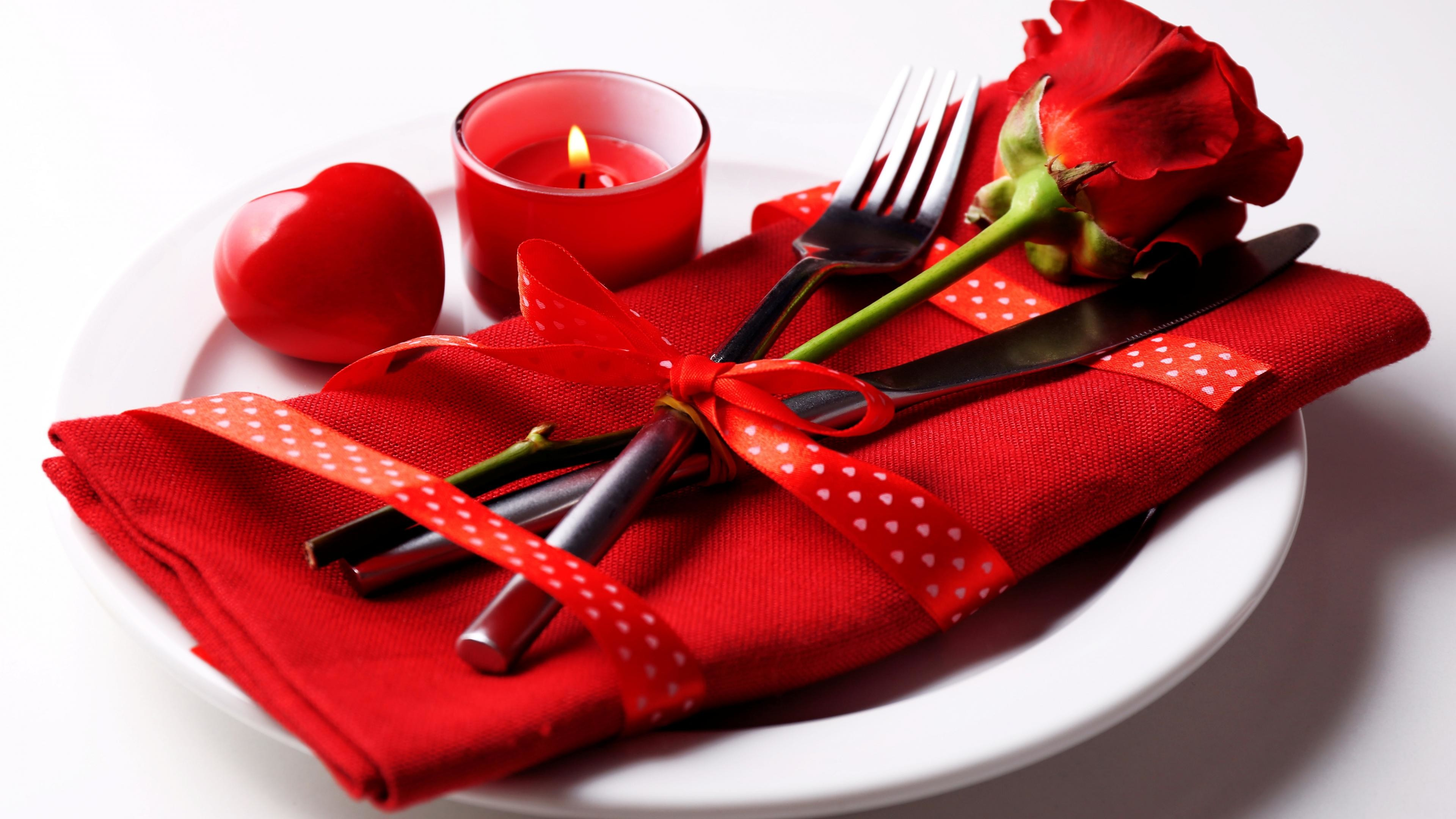 beautiful-romantic-hd-red-heart-free-wallpaper