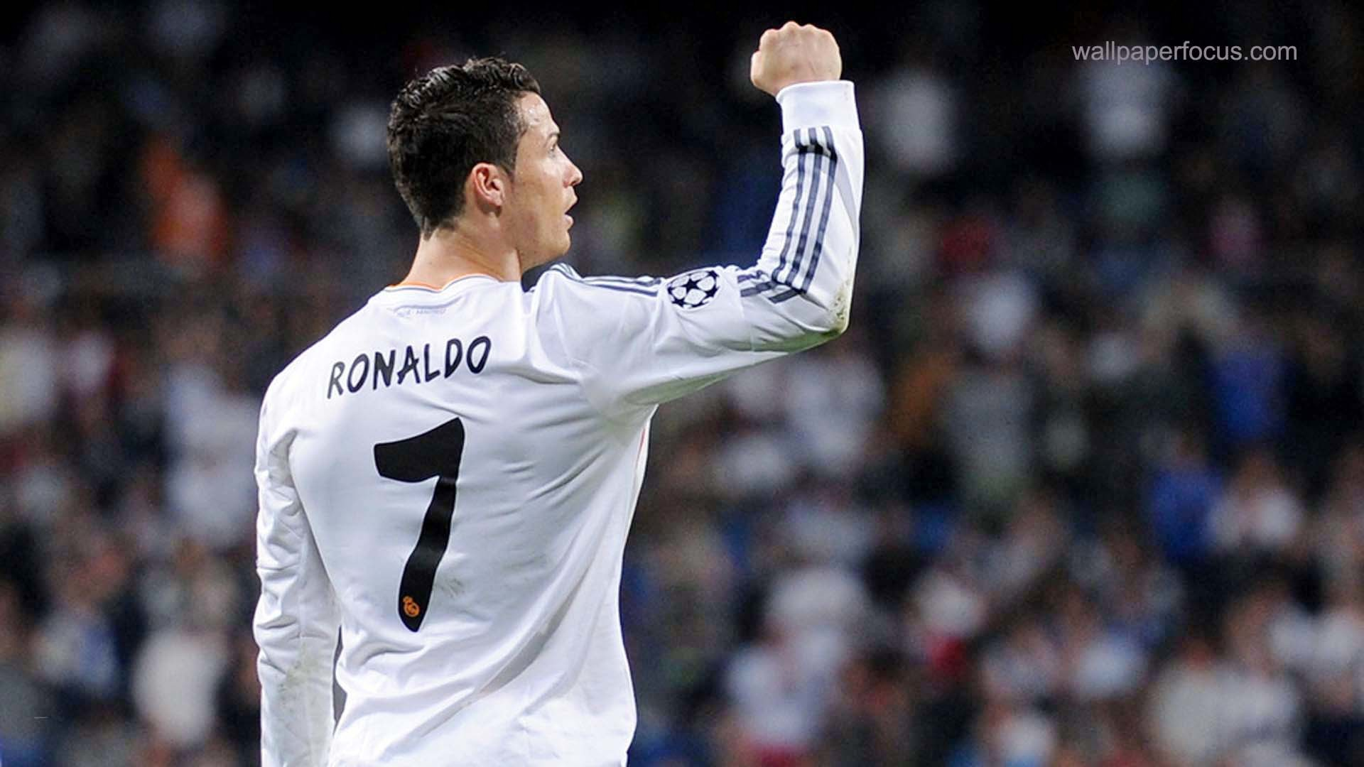 Cristiano Ronaldo wallpaper and Theme for Windows Xp/7/8.1/10 .