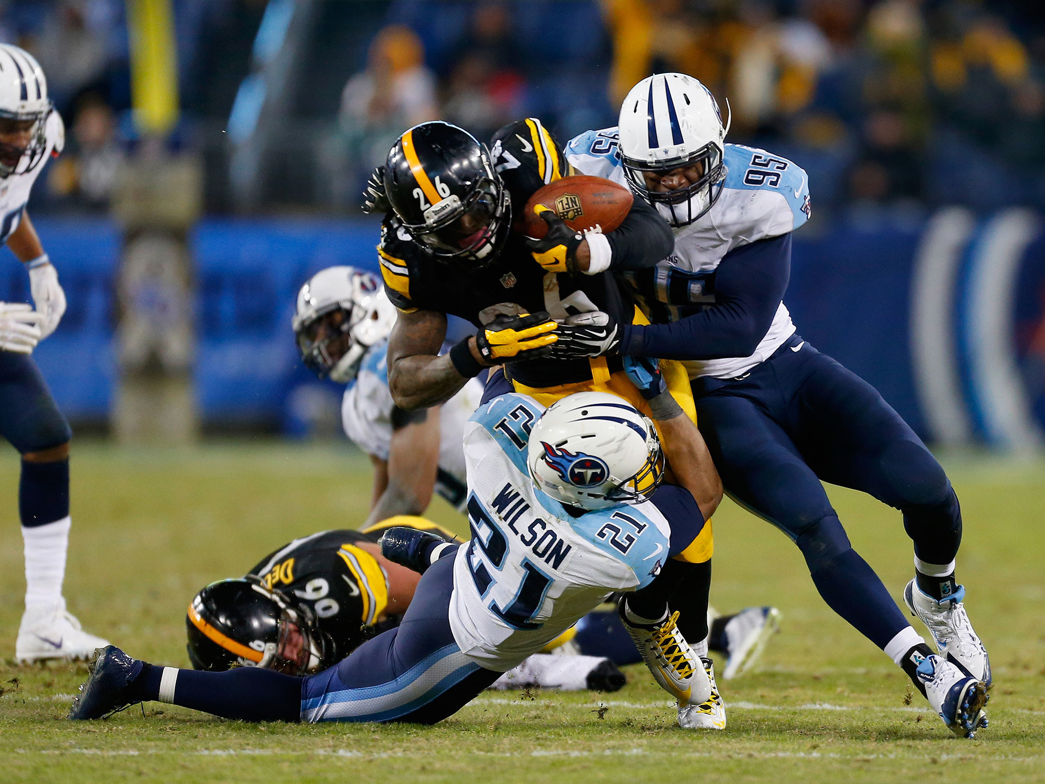 Pittsburgh Steelers vs Tennessee Titans match report: Le'Veon Bell and Ben  Roethlisberger drag Steelers to comeback victory | The Independent